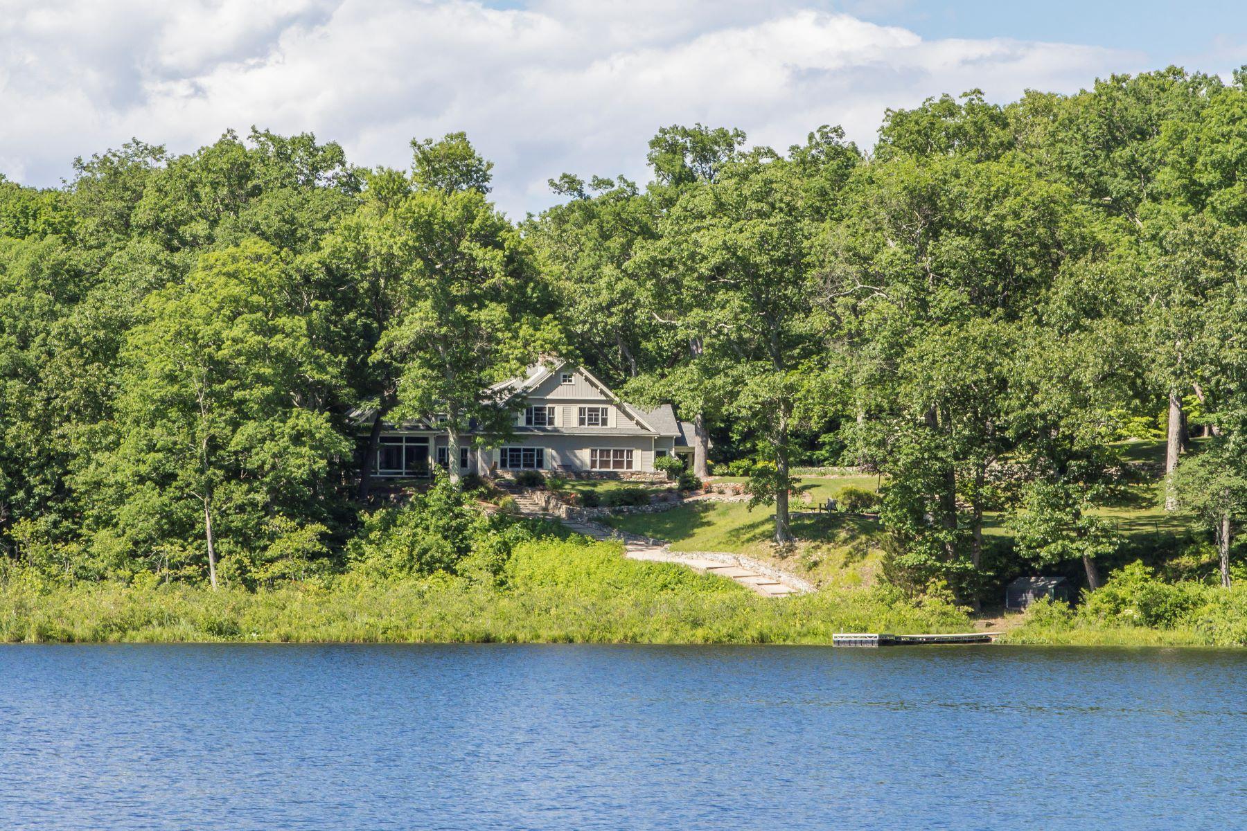 Single Family Homes للـ Sale في Custom Waterfront Home 45 Chalburn Road, Redding, Connecticut 06896 United States