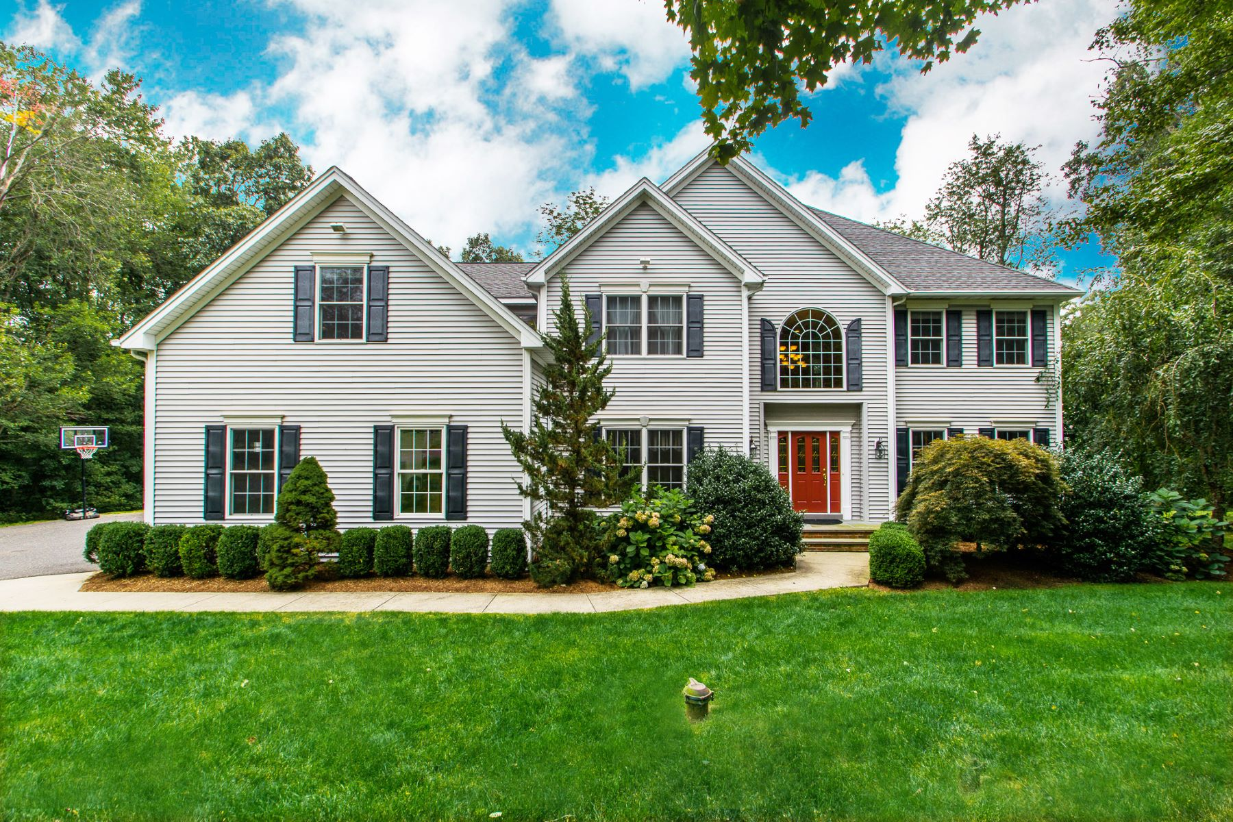 Single Family Home for Sale at Spectacular Colonial 16 Josh Lane Danbury, Connecticut 06811 United States