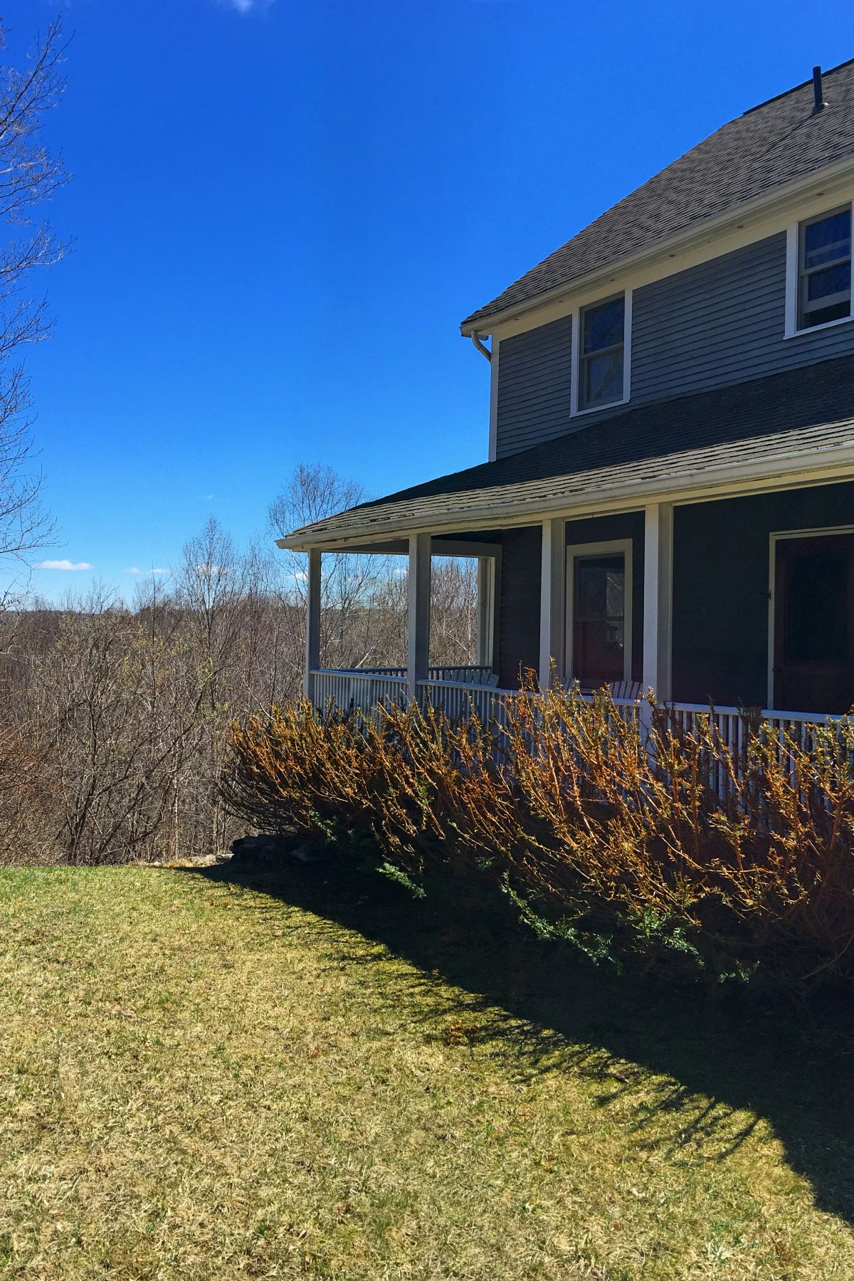 واحد منزل الأسرة للـ Sale في Views, Acreage and The Best Front Porch You Have Ever Seen 171 Schultz Rd Washington, Massachusetts 01223 United States