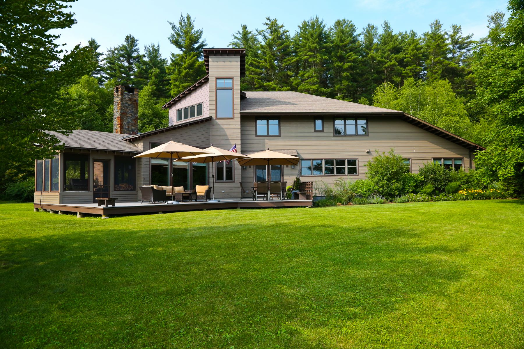 Single Family Homes for Active at Turn-Key Alford Contemporary with Spectacular Mountain Views! 54 Crooked Hill Rd Great Barrington, Massachusetts 01230 United States
