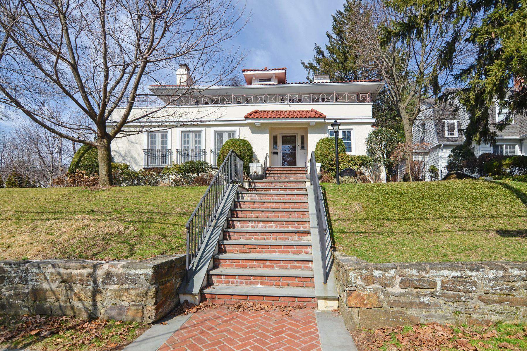 Частный односемейный дом для того Продажа на 60 Edgewood Avenue Larchmont, Нью-Йорк, 10538 Соединенные Штаты