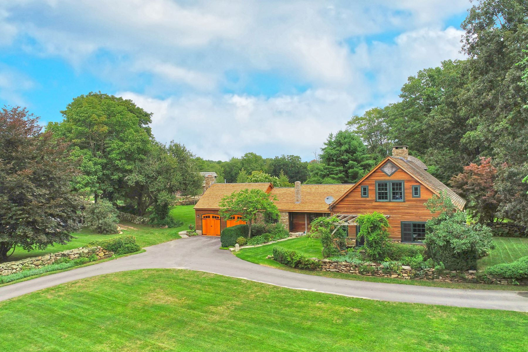 Single Family Homes for Sale at 79 Pine Woods Road North Stonington, Connecticut 06359 United States