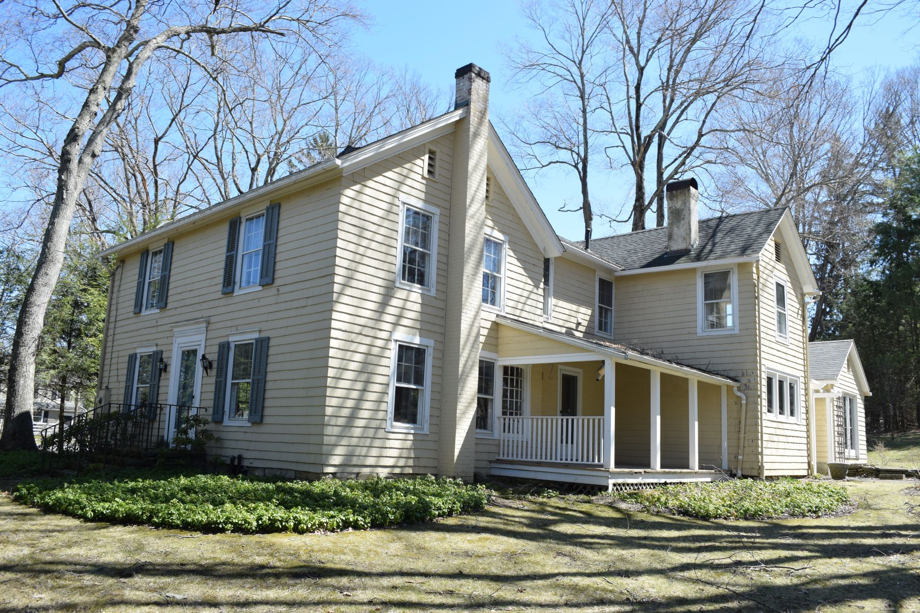 Casa Unifamiliar por un Venta en Historic District Antique 87 Hilltop Rd Sharon, Connecticut, 06069 Estados Unidos
