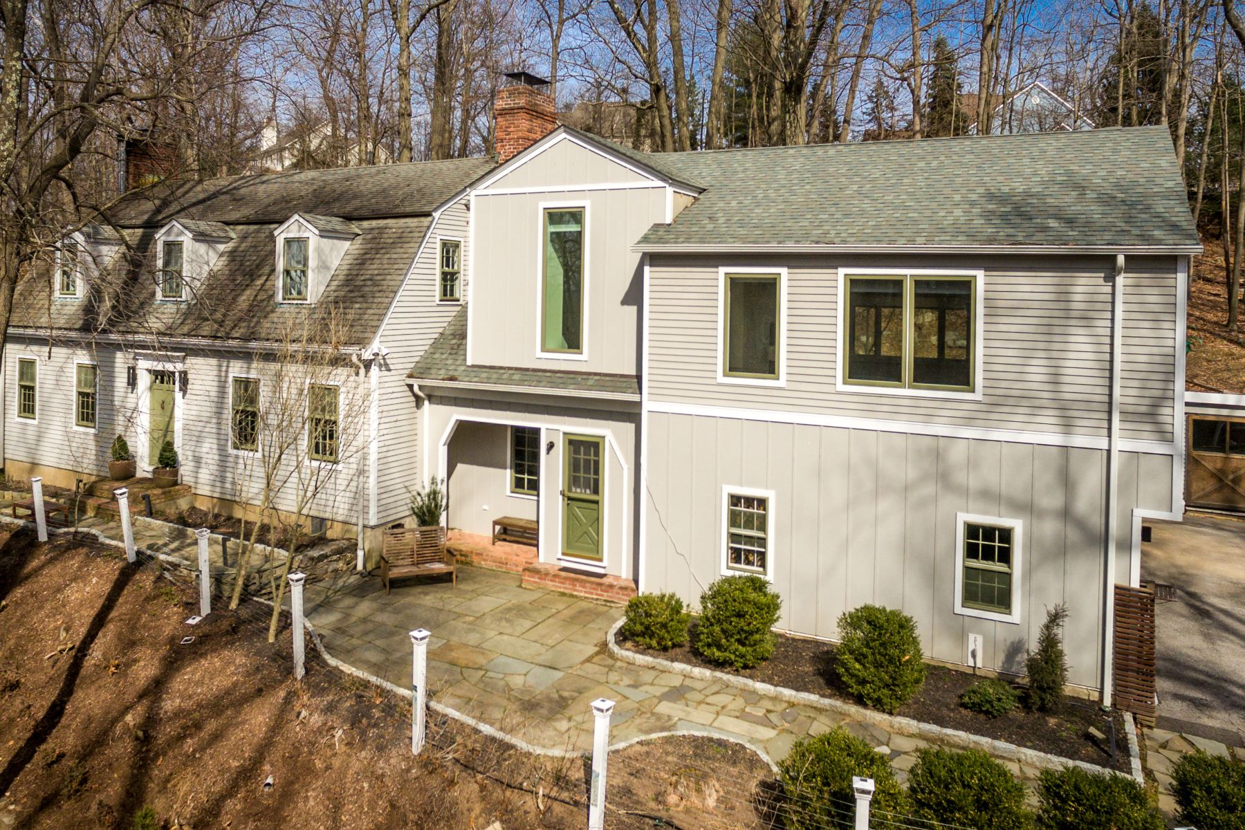 Single Family Homes for Active at 22 Lewis Road Irvington, New York 10533 United States