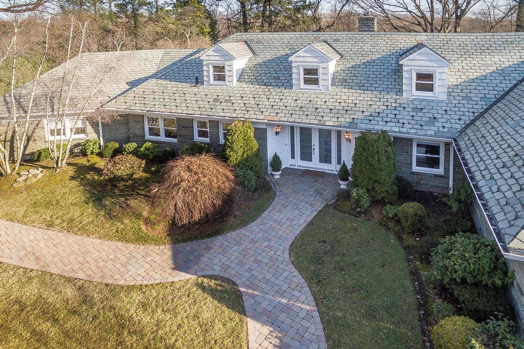 واحد منزل الأسرة للـ Sale في The Epitome of Elegance 2 Rittenhouse Road, Bronxville, New York, 10708 United States