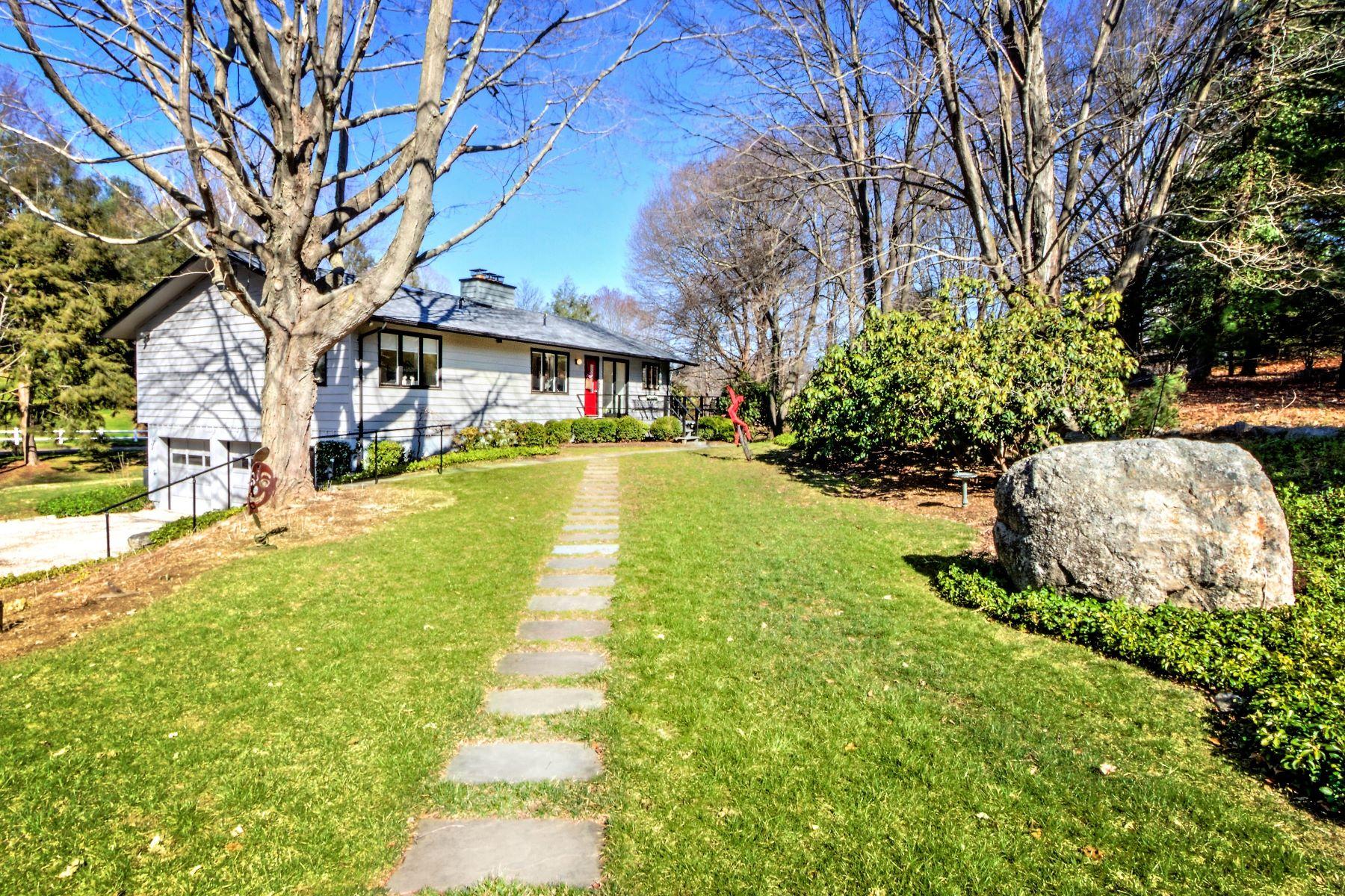 واحد منزل الأسرة للـ Sale في 14 Fence Creek Drive Madison, Connecticut, 06443 United States