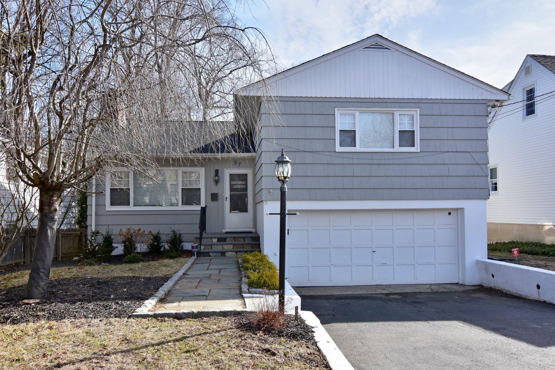 Maison unifamiliale pour l à vendre à Move In Ready 57 Sylvan Road, Port Chester, New York, 10573 États-Unis