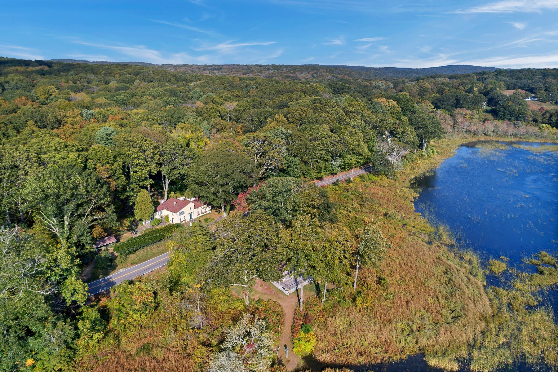 Single Family Homes for Sale at Idyllic Setting on Whalebone Cove! 107 Ferry Road Lyme, Connecticut 06371 United States