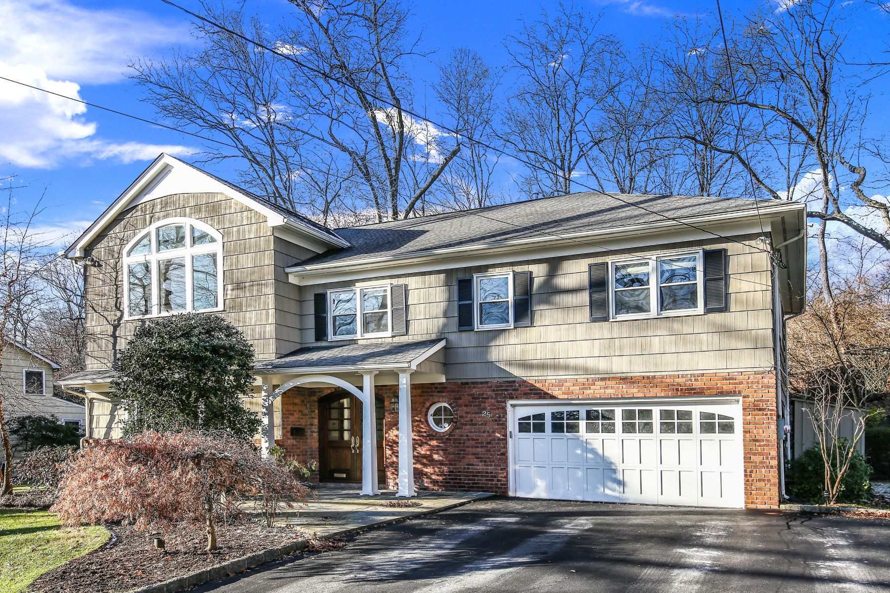 Single Family Homes for Active at 25 Meadowlark Road Rye Brook, New York 10573 United States