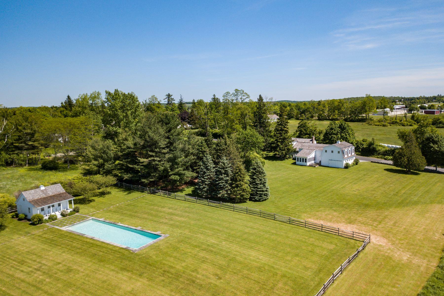 Single Family Homes för Försäljning vid The Perfect Weekend Getaway 24 Lyman Lane, Goshen, Connecticut 06756 Förenta staterna