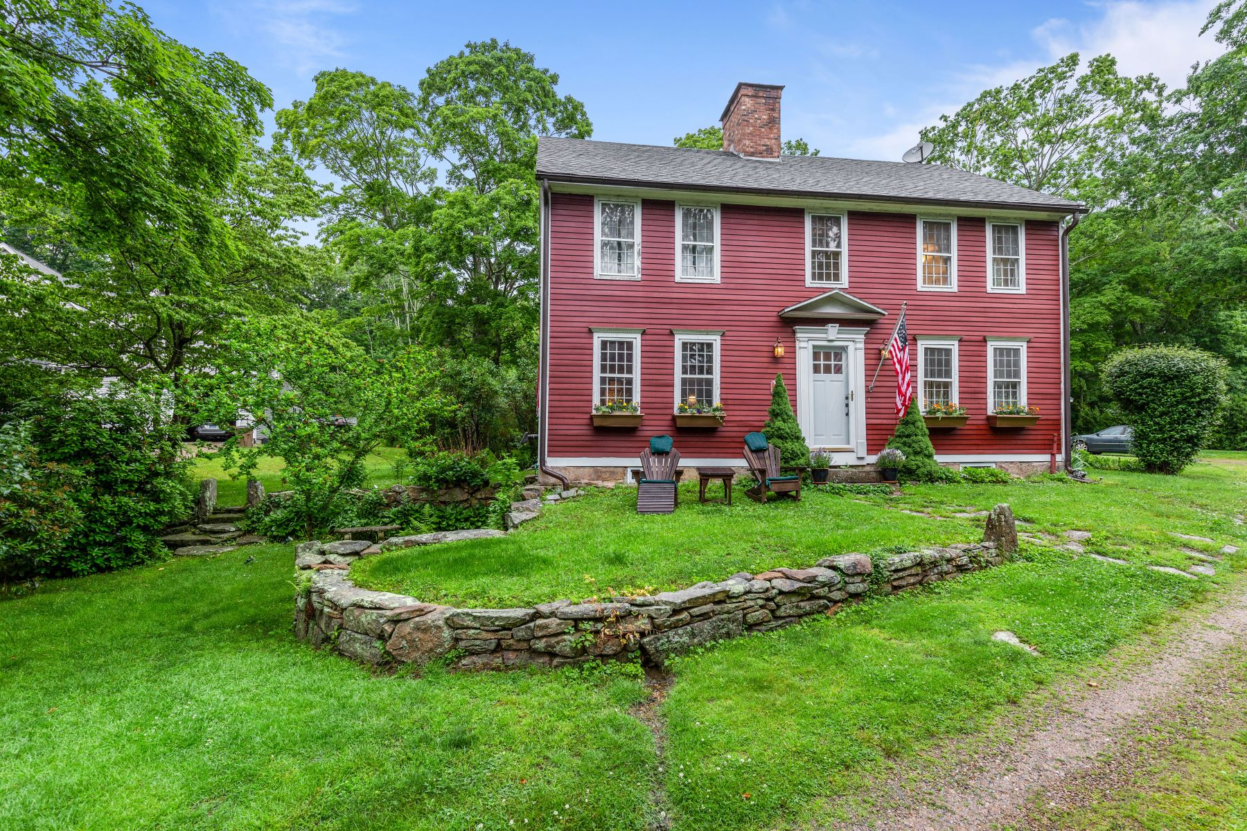 Single Family Homes for Sale at Old World Charm with Today's Lifestyle and Conveniences 365 Boston Post Road East Lyme, Connecticut 06333 United States