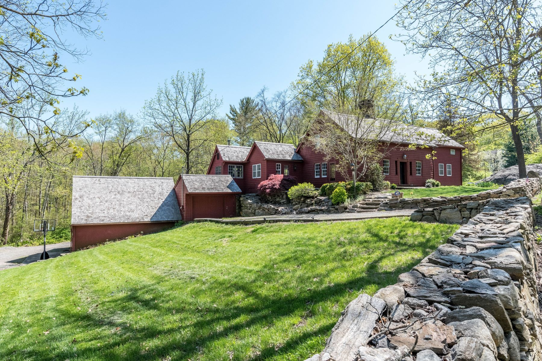 Single Family Homes for Sale at Over 300 Years Of Connecticut History 43 Old Easton Turnpike, Weston, Connecticut 06883 United States