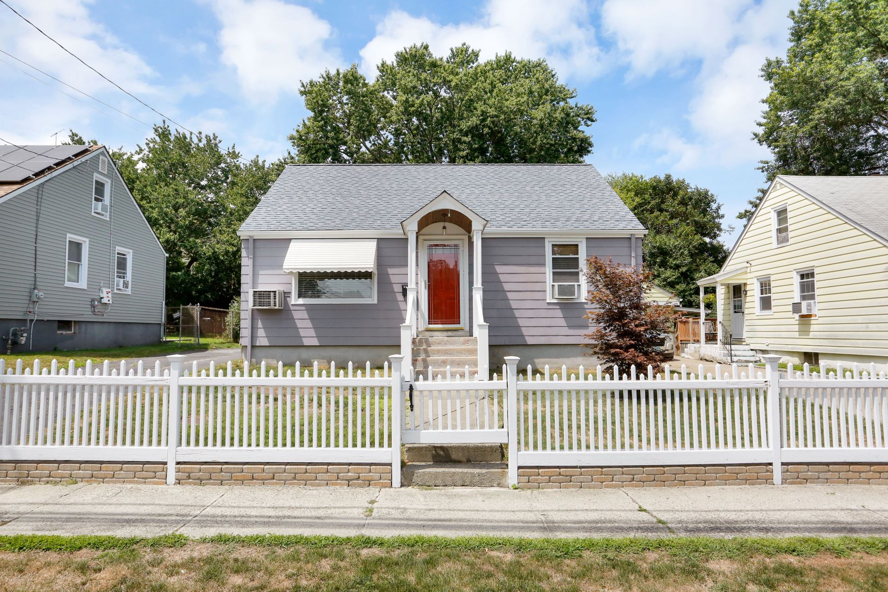 Single Family Homes for Sale at 157 Carnegie Avenue Bridgeport, Connecticut 06610 United States