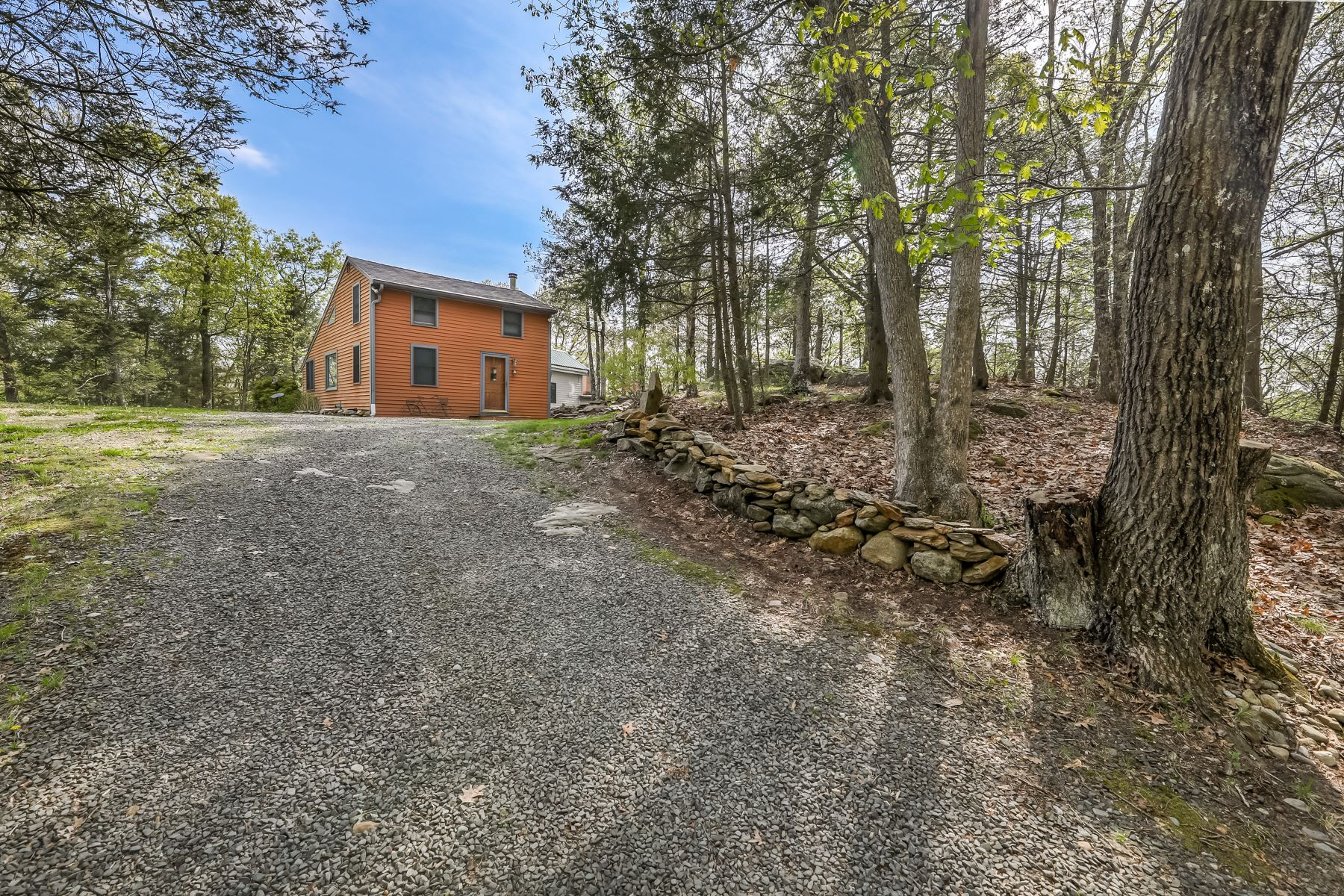 Single Family Home for Sale at A Home Like No Other! 133 Pisgah Road Oxford, Connecticut 06478 United States
