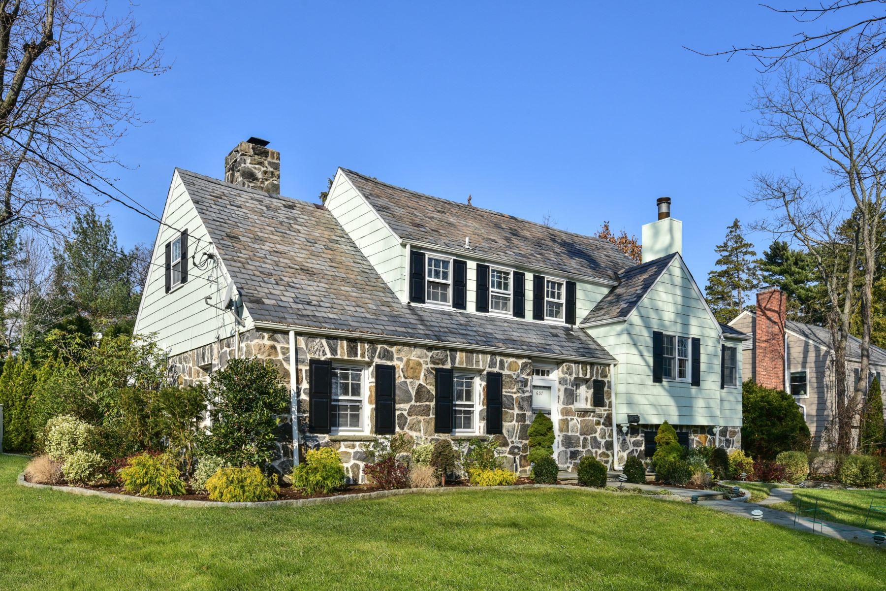 Casa Unifamiliar por un Alquiler en 637 Fairway Avenue 637 Fairway Avenue Mamaroneck, Nueva York 10543 Estados Unidos