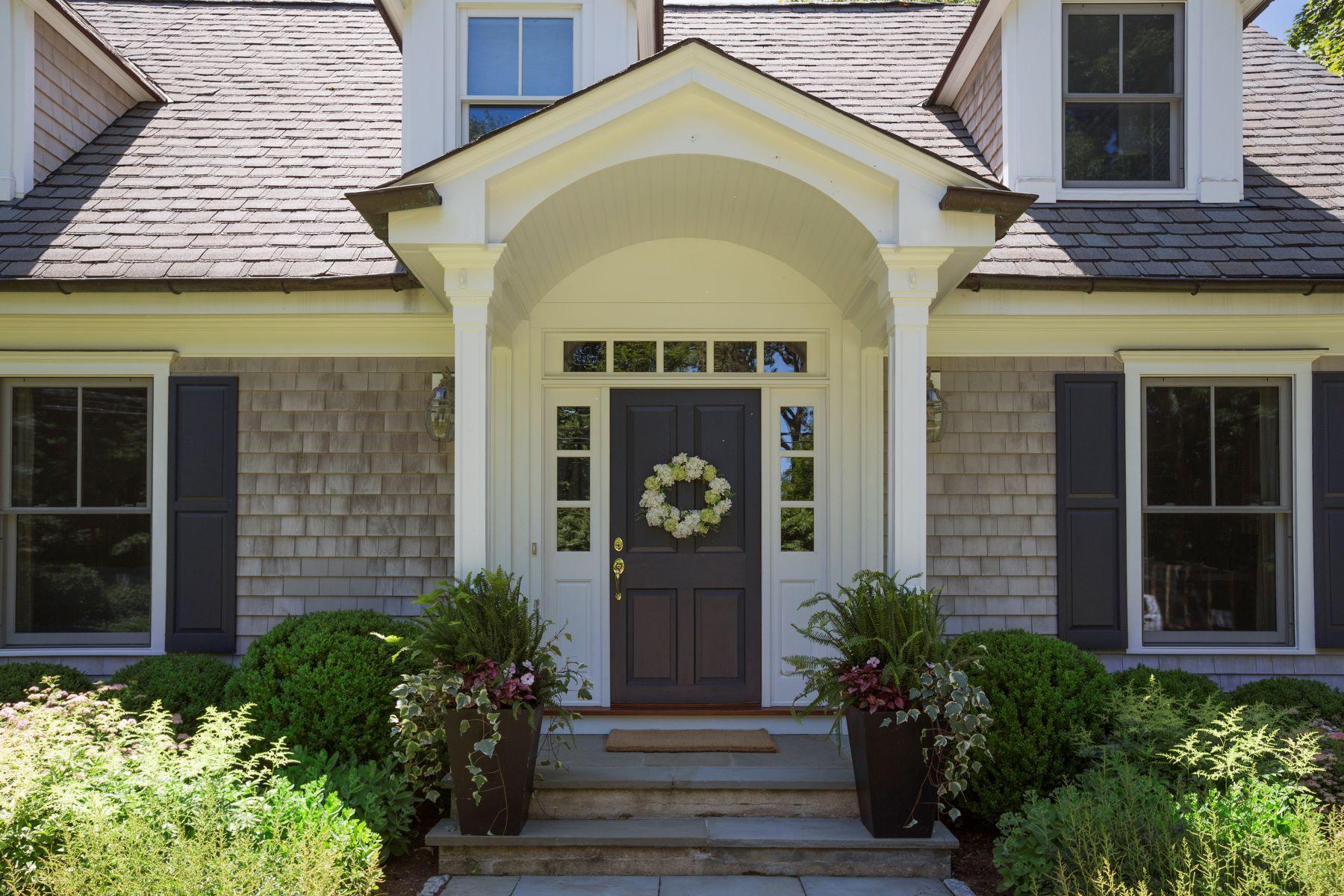 Single Family Homes för Försäljning vid JUST IMAGINE... 97 Raymond Street, Darien, Connecticut 06820 Förenta staterna