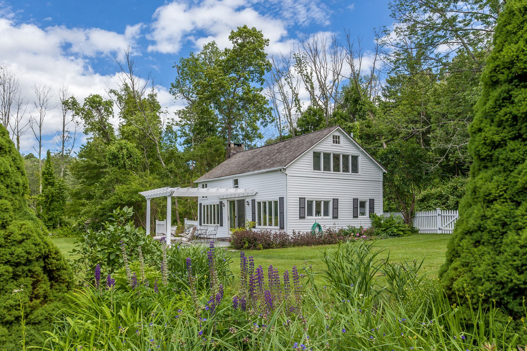 Single Family Home for Sale at Matthau Cottages 130 A Tophet Rd Roxbury, Connecticut, 06783 United States