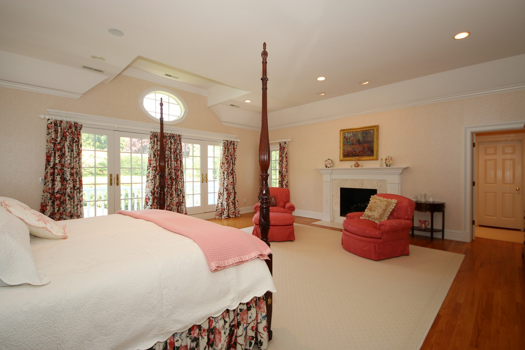 Additional photo for property listing at Exquisite Custom Home 6 Country Club Road Ridgefield, Connecticut 06877 Estados Unidos