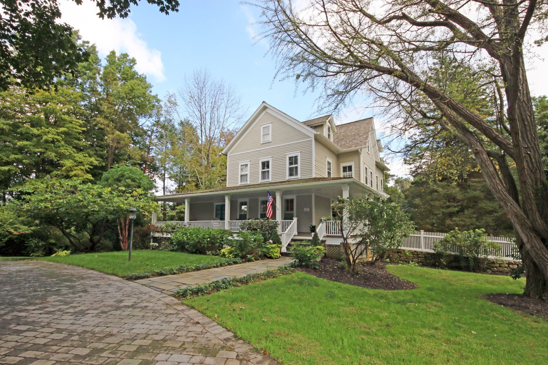 Single Family Home for Sale at ANTIQUE VICTORIAN 50 High Ridge Avenue Ridgefield, Connecticut 06877 United States