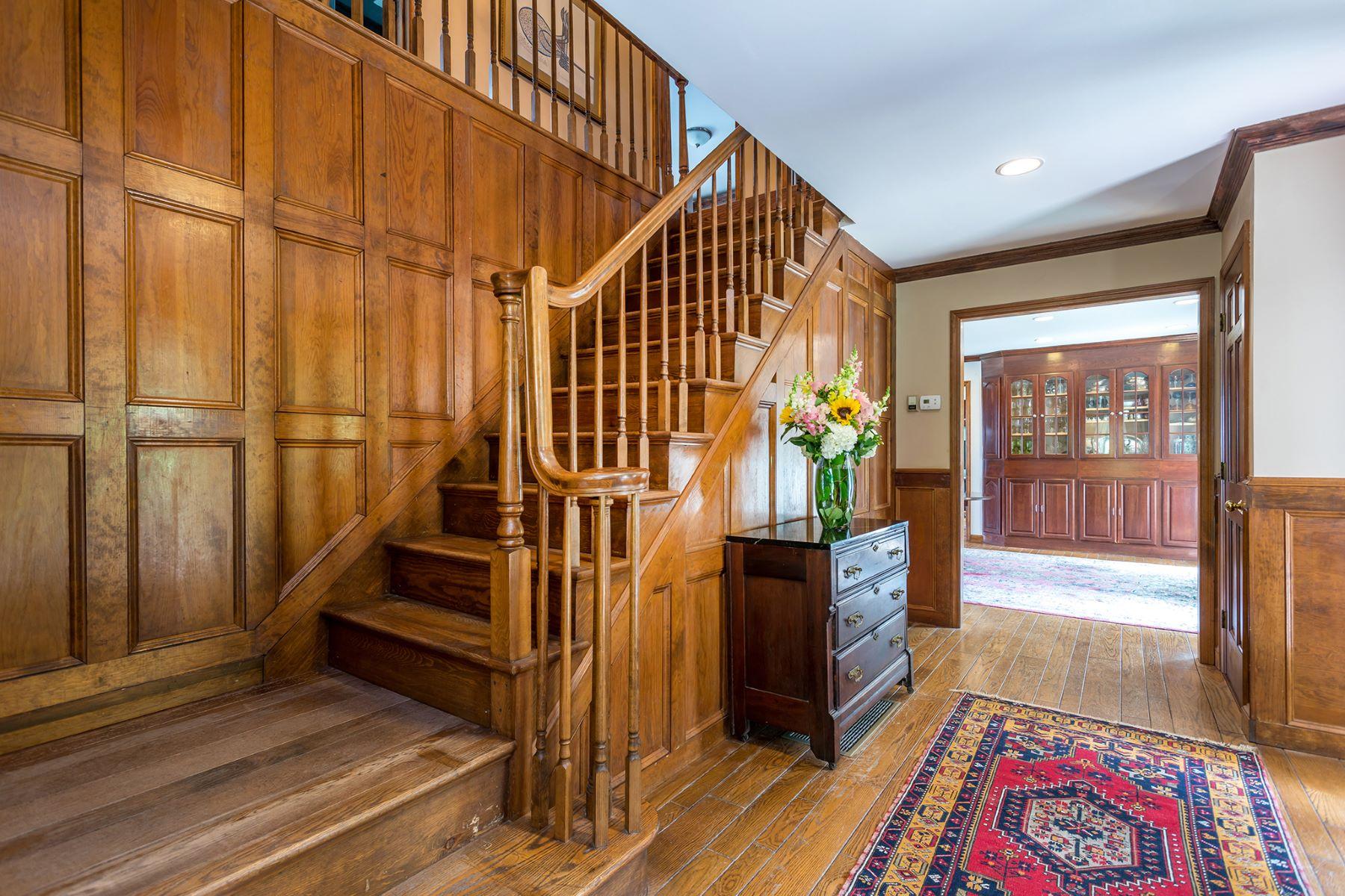 Additional photo for property listing at Woodbury Single Family 28 Leavenworth Road, Woodbury, Κονεκτικατ 06798 Ηνωμένες Πολιτείες