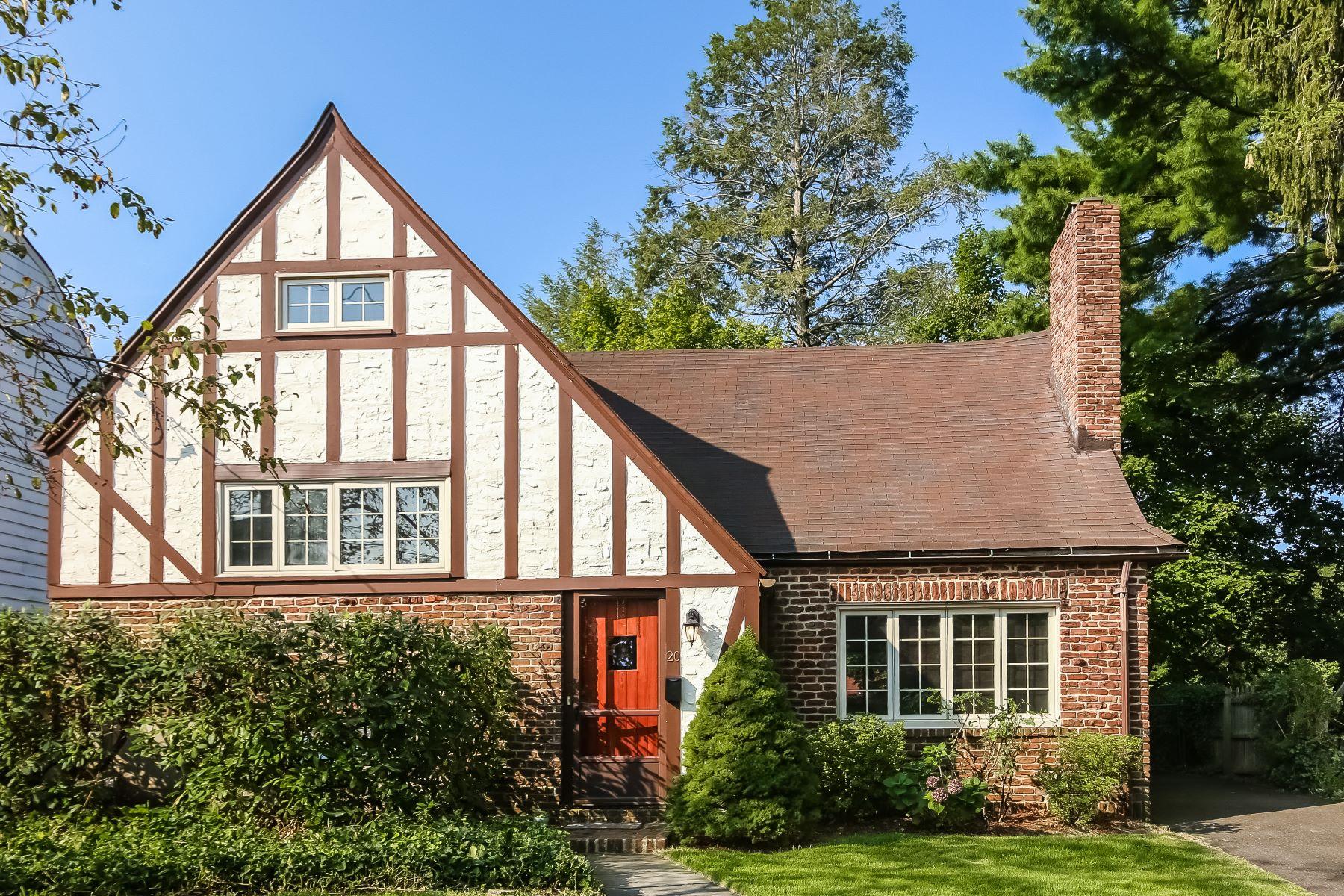 단독 가정 주택 용 매매 에 Charming Larchmont Tudor 20 Alden Road, Larchmont, 뉴욕, 10538 미국