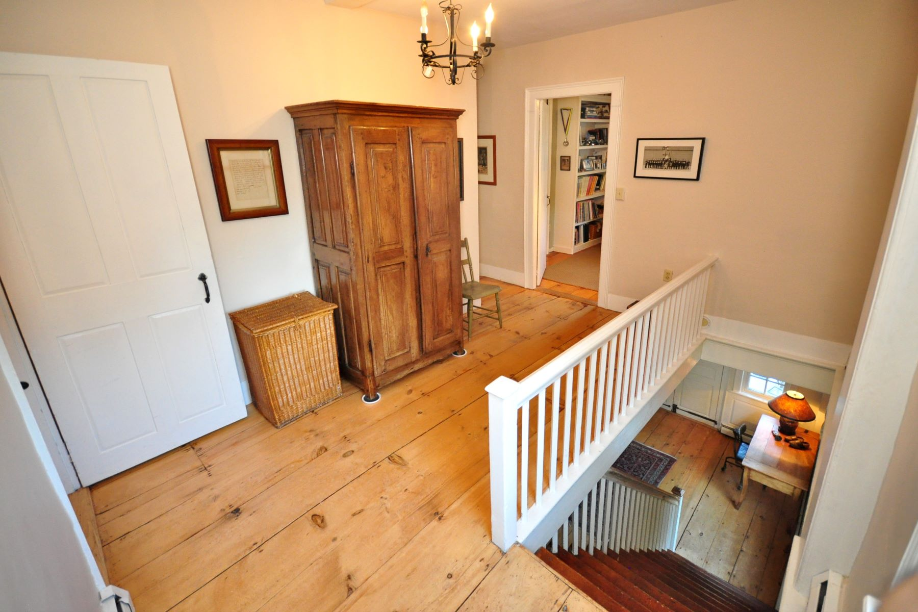 Additional photo for property listing at The Noah Benedict House 270 Main Street South, Woodbury, Connecticut 06798 United States