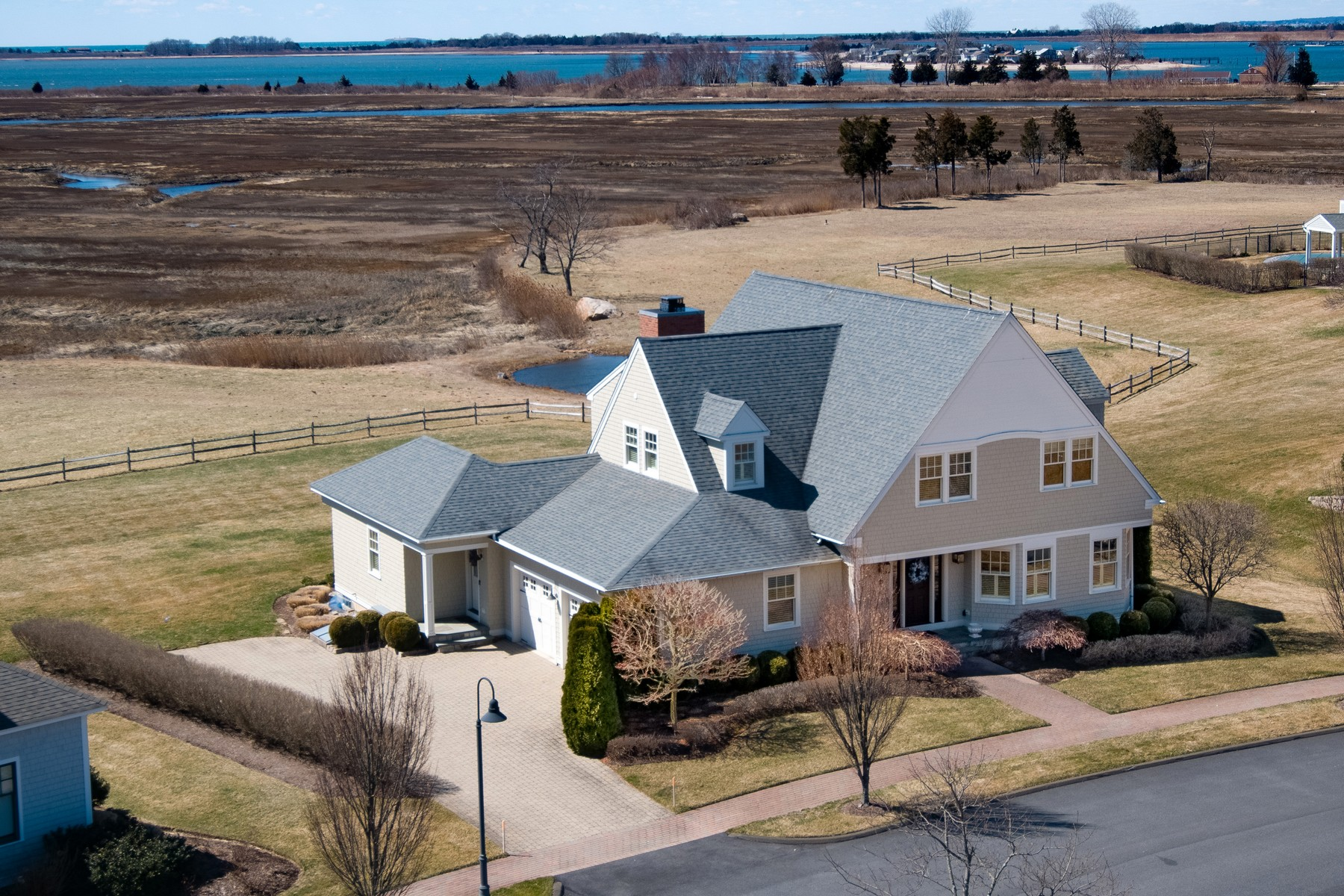 Single Family Homes for Sale at Enjoy Glorious Sunsets From this Low Maintenance Home 9 Osprey Commons South Clinton, Connecticut 06413 United States