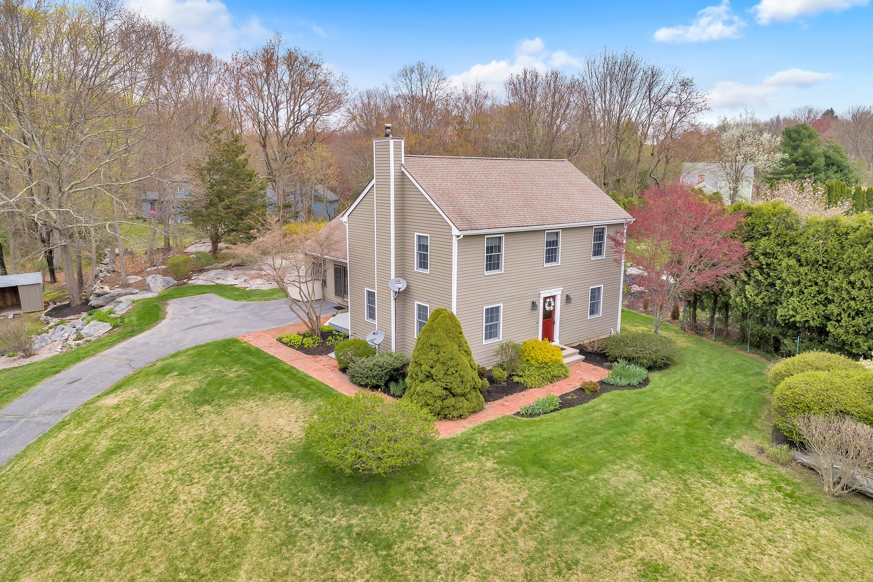 Single Family Homes for Active at Stunning Open-Concept Colonial 9 Mayfair Drive Waterford, Connecticut 06385 United States