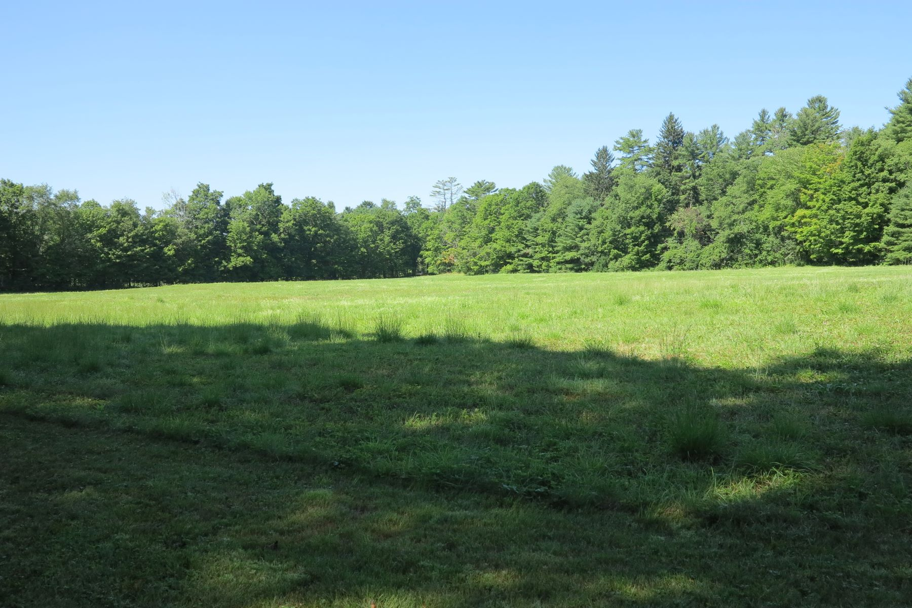 Land for Sale at Estate Parcel - 21.347 Acres with River Frontage and Meadow 112 New Marlboro-Southfield Rd New Marlborough, Massachusetts 01230 United States