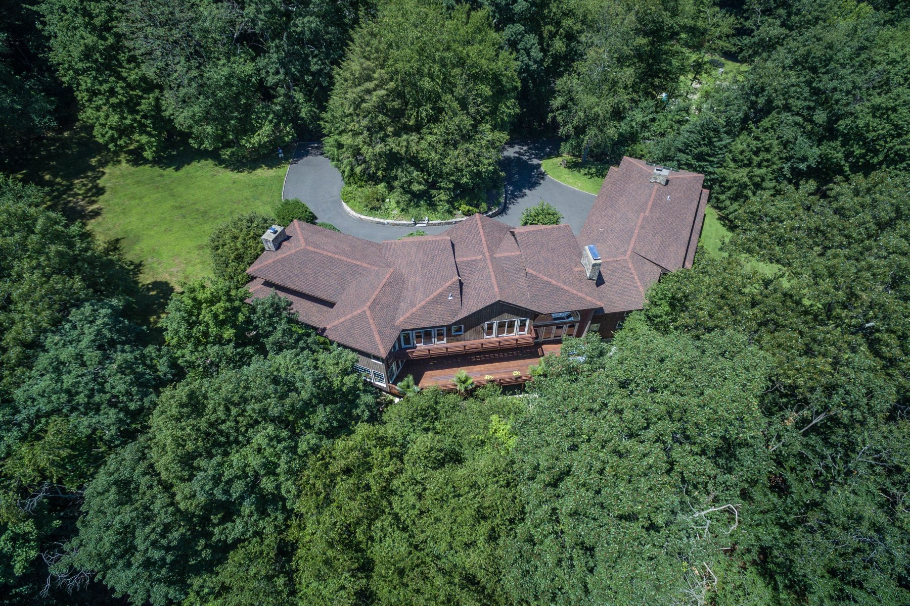 Single Family Homes for Sale at Dramatic Architectural Masterpiece 200 Steep Hill Road Weston, Connecticut 06883 United States