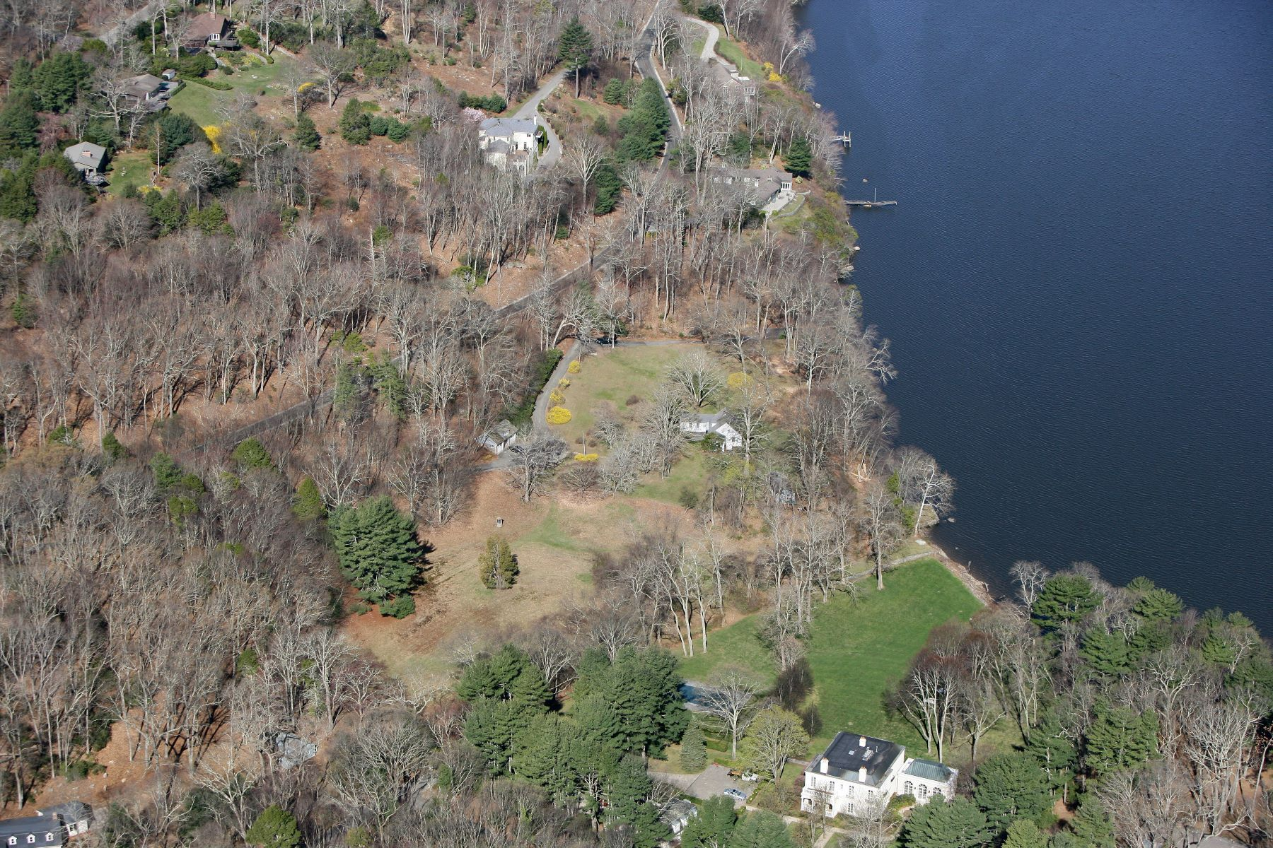 Additional photo for property listing at Waterfront on The CT River 189 River Road Deep River, Connecticut 06417 United States