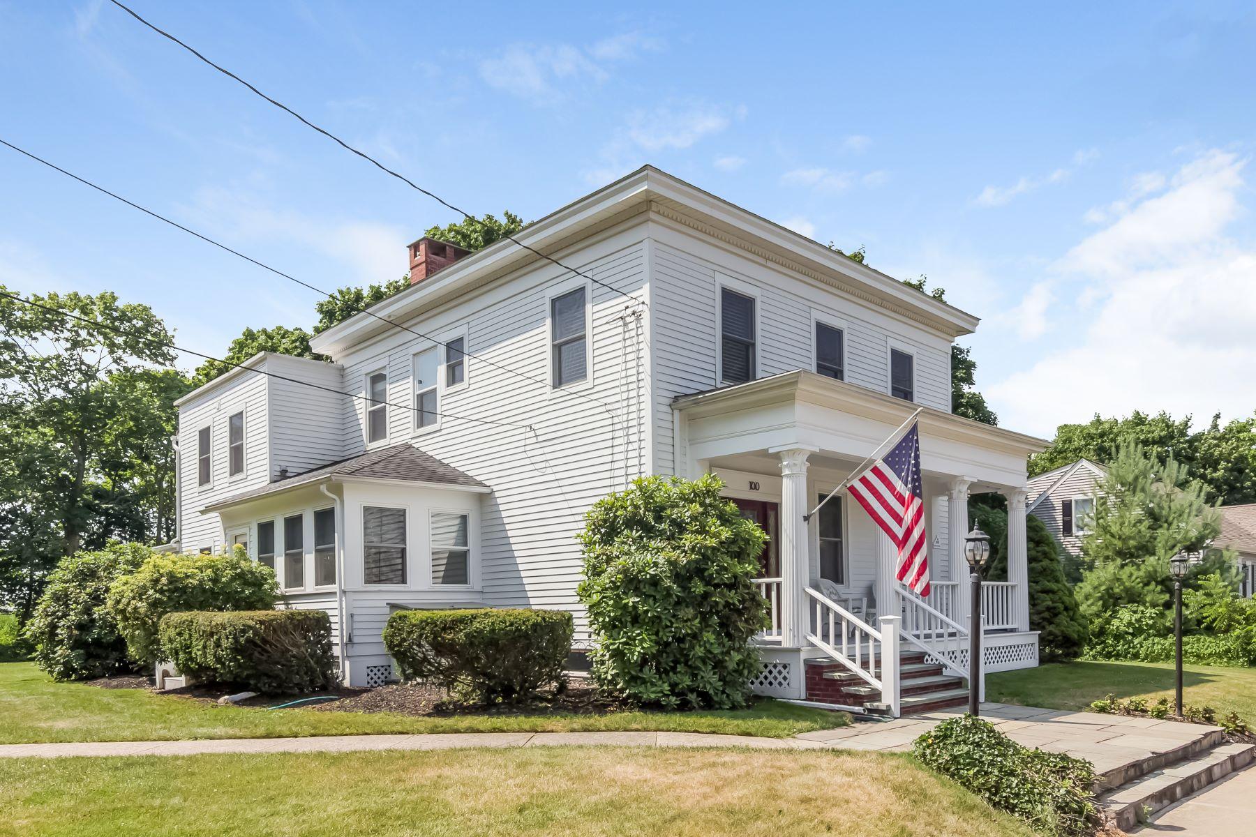 Частный односемейный дом для того Продажа на 100 Water Street 100 Water Street Guilford, Коннектикут 06437 Соединенные Штаты