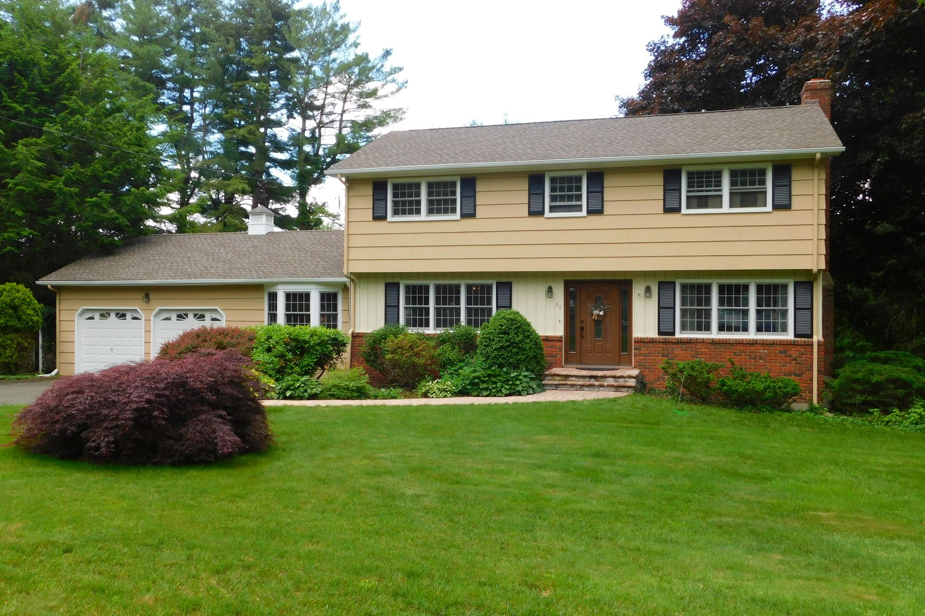 single family homes for Sale at Level Landscaped Acre 62 Spinning Wheel Road, Trumbull, Connecticut 06611 United States