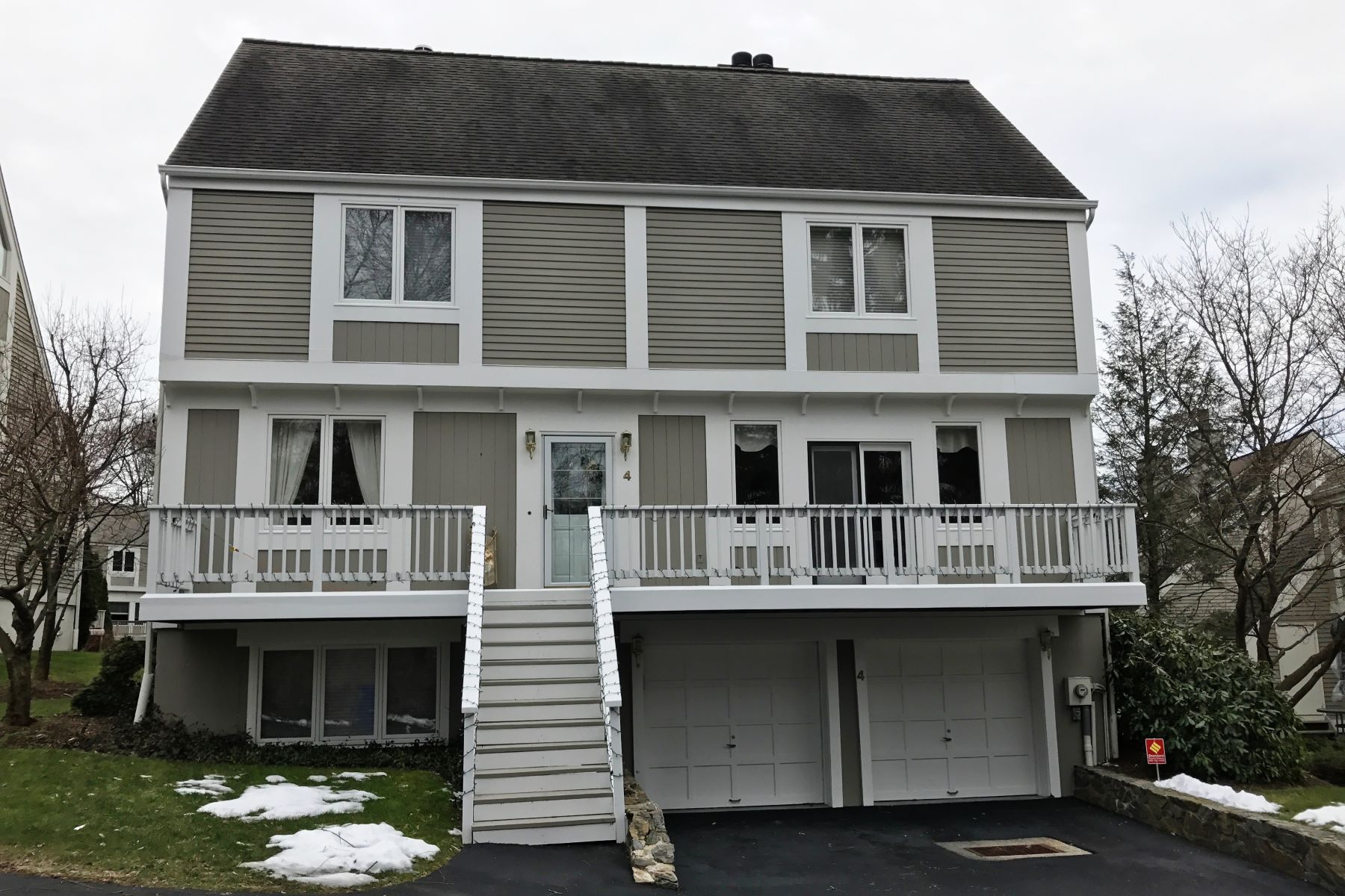 pour l Vente à Teal Brook Townhouse 212 Richards Avenue 4 Norwalk, Connecticut, 06850 États-Unis