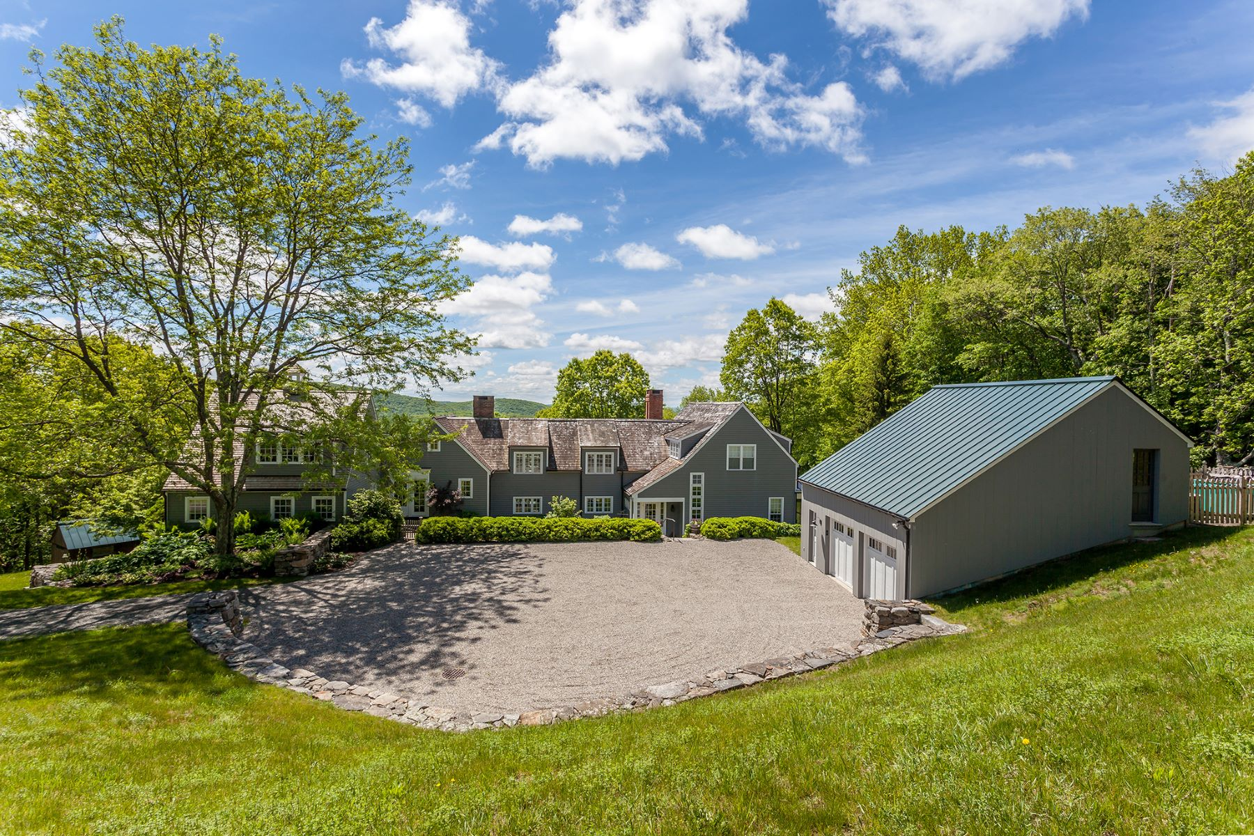 Single Family Home for Sale at Contemporary Elegance 152 Ore Hill Rd Kent, Connecticut, 06785 United States