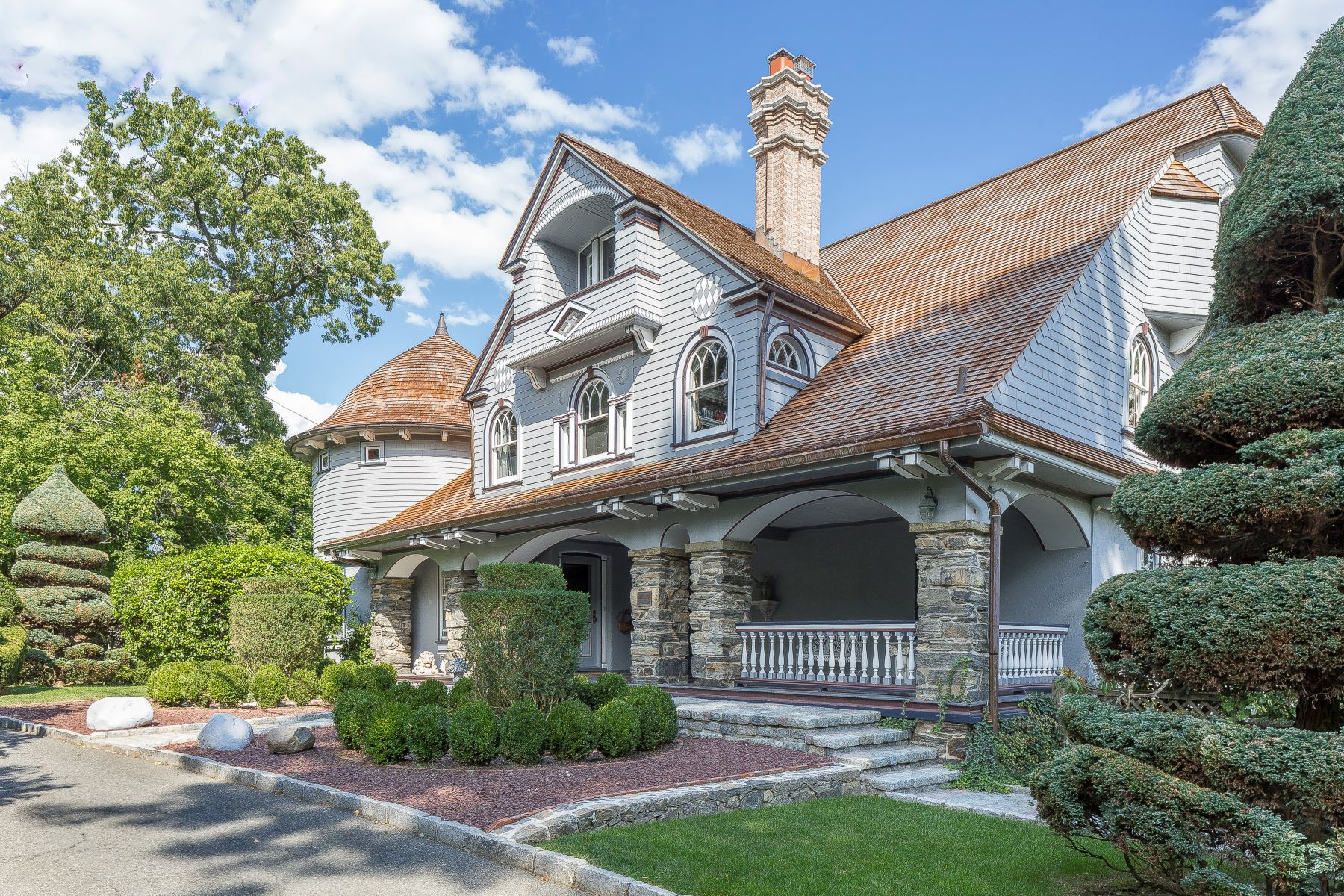 sales property at Historic Home On The Lawrence Park Hilltop