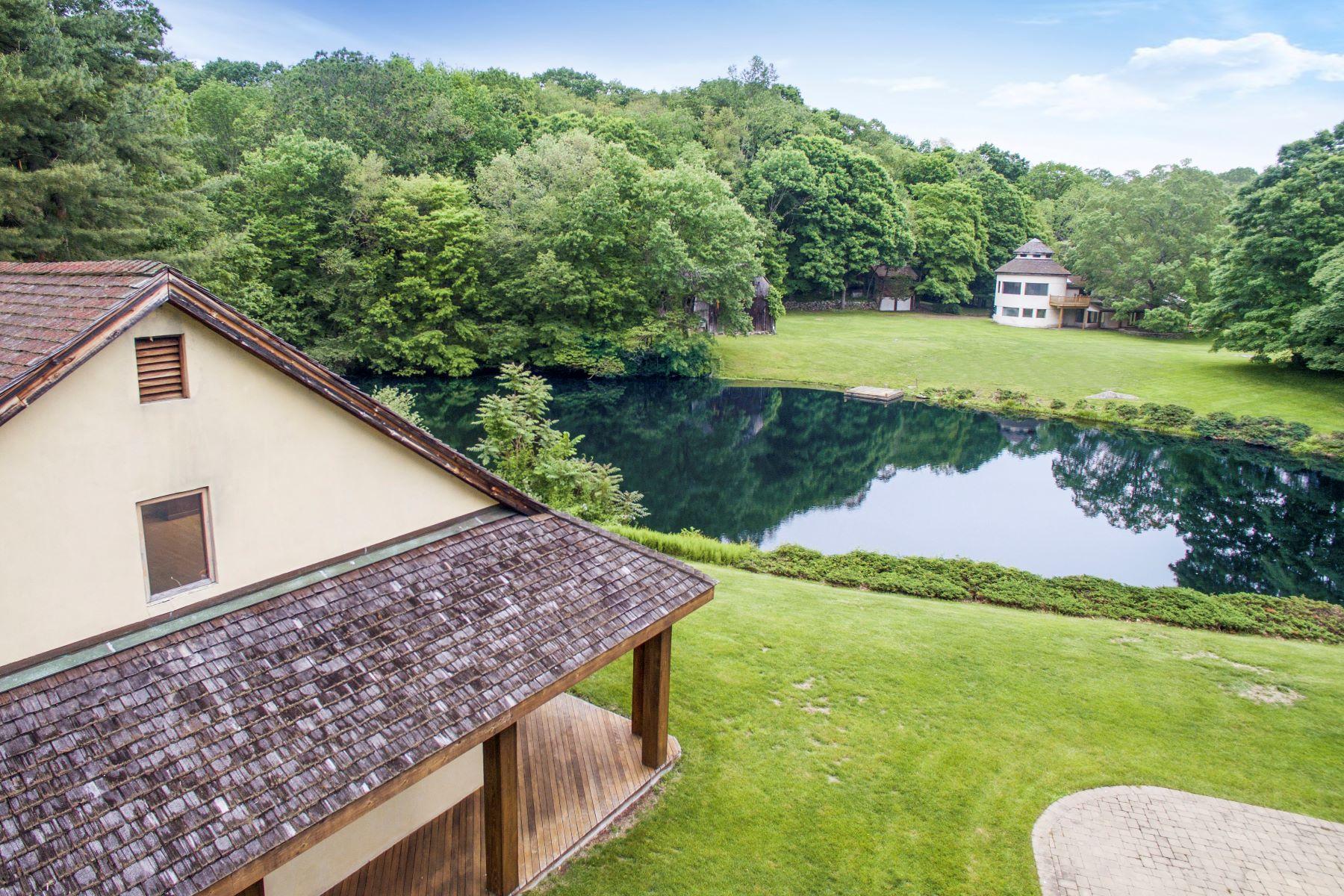 Single Family Homes 为 销售 在 746 Riverbank Road 斯坦福, 康涅狄格州 06903 美国