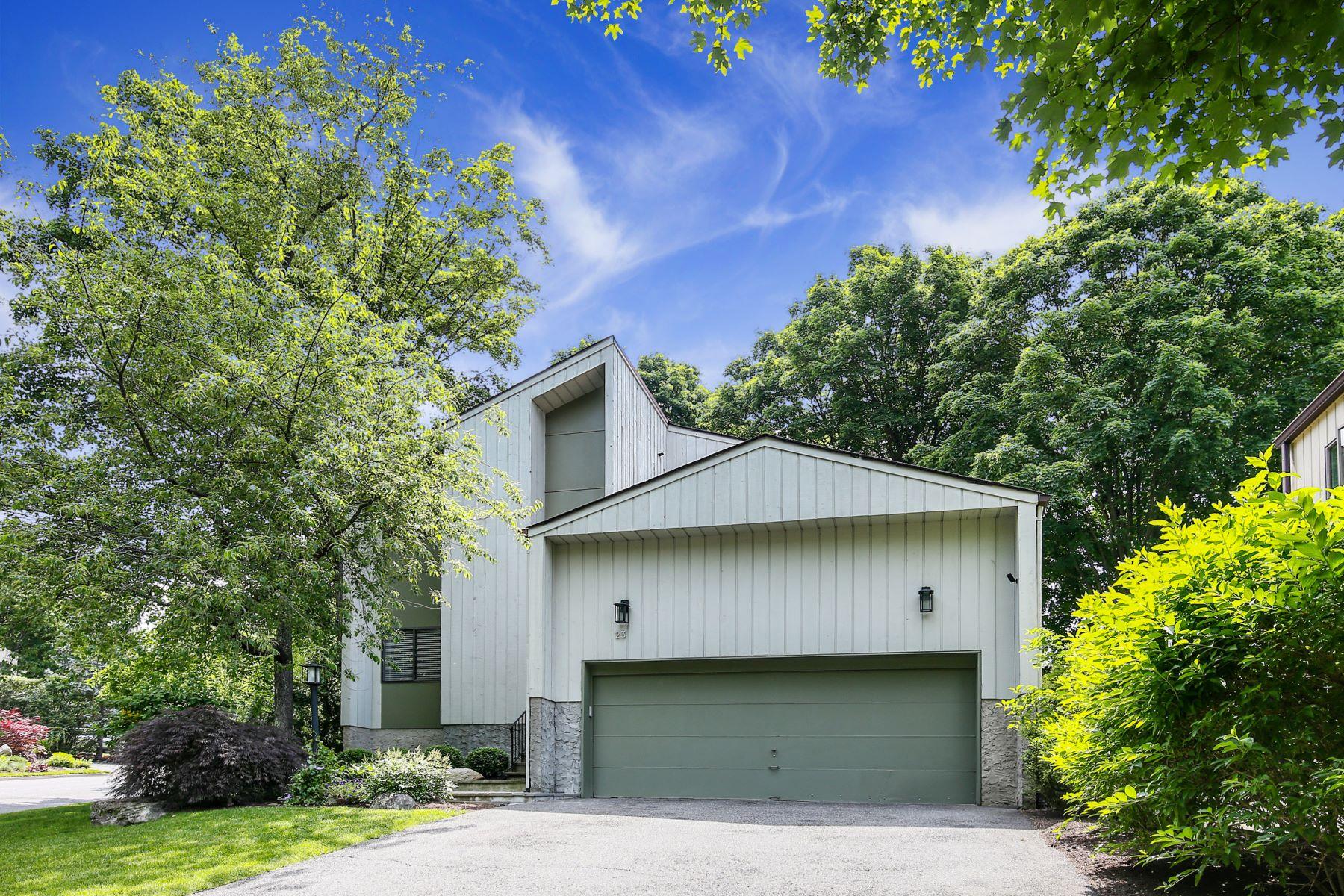 Single Family Homes för Försäljning vid 23 Talcott Road 23 Talcott Rd, Rye Brook, New York 10573 Förenta staterna