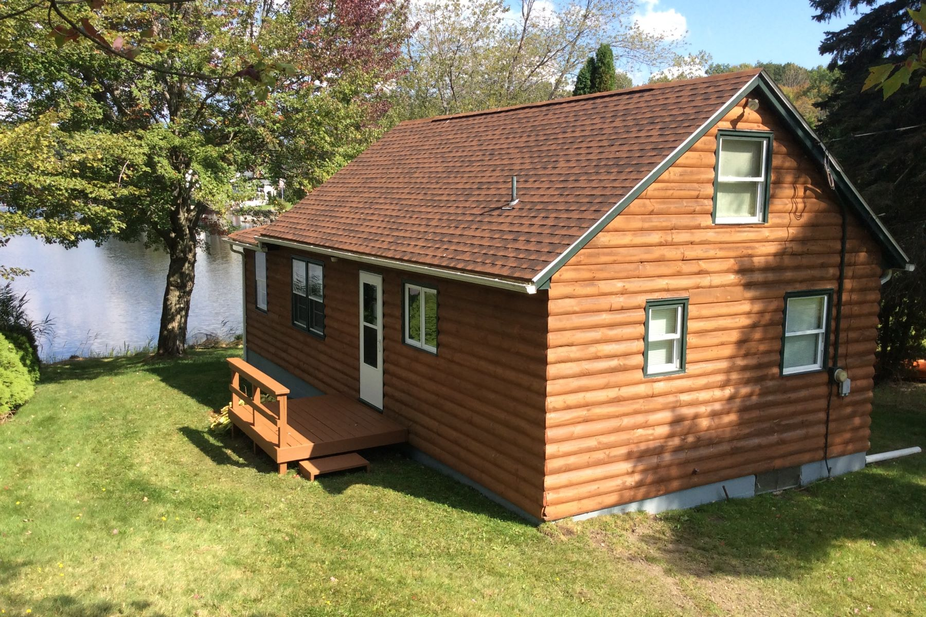 Single Family Home for Sale at Log Cabin Lakefront Cottage 26 Flora Road Goshen, Connecticut 06756 United States