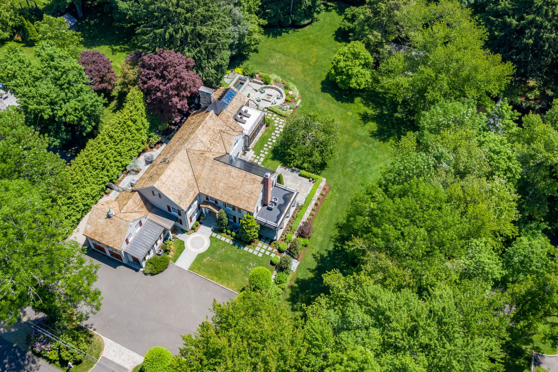 Single Family Homes للـ Sale في Darien, Connecticut 06820 United States