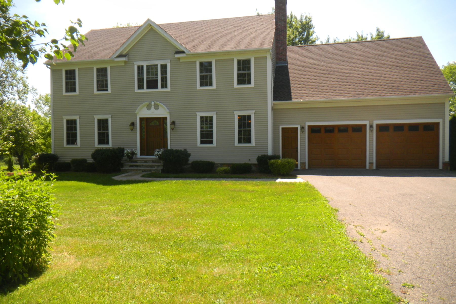 Single Family Home for Sale at Classic and Stylish Goshen Colonial 192 Beach St Goshen, Connecticut, 06756 United States