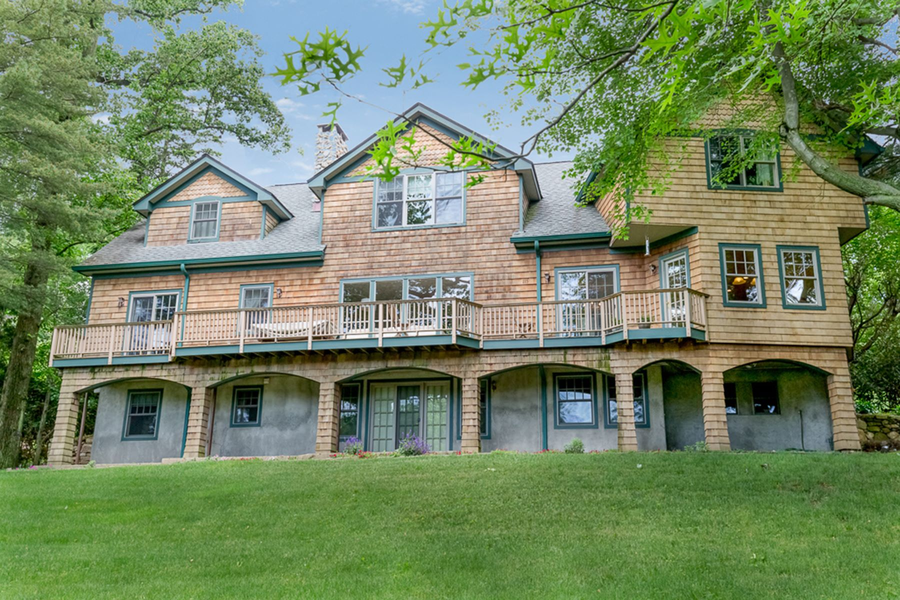 Single Family Home for Rent at Idyllic Upscale Lake Isle Home 115 Lakeshore Drive Eastchester, New York 10709 United States