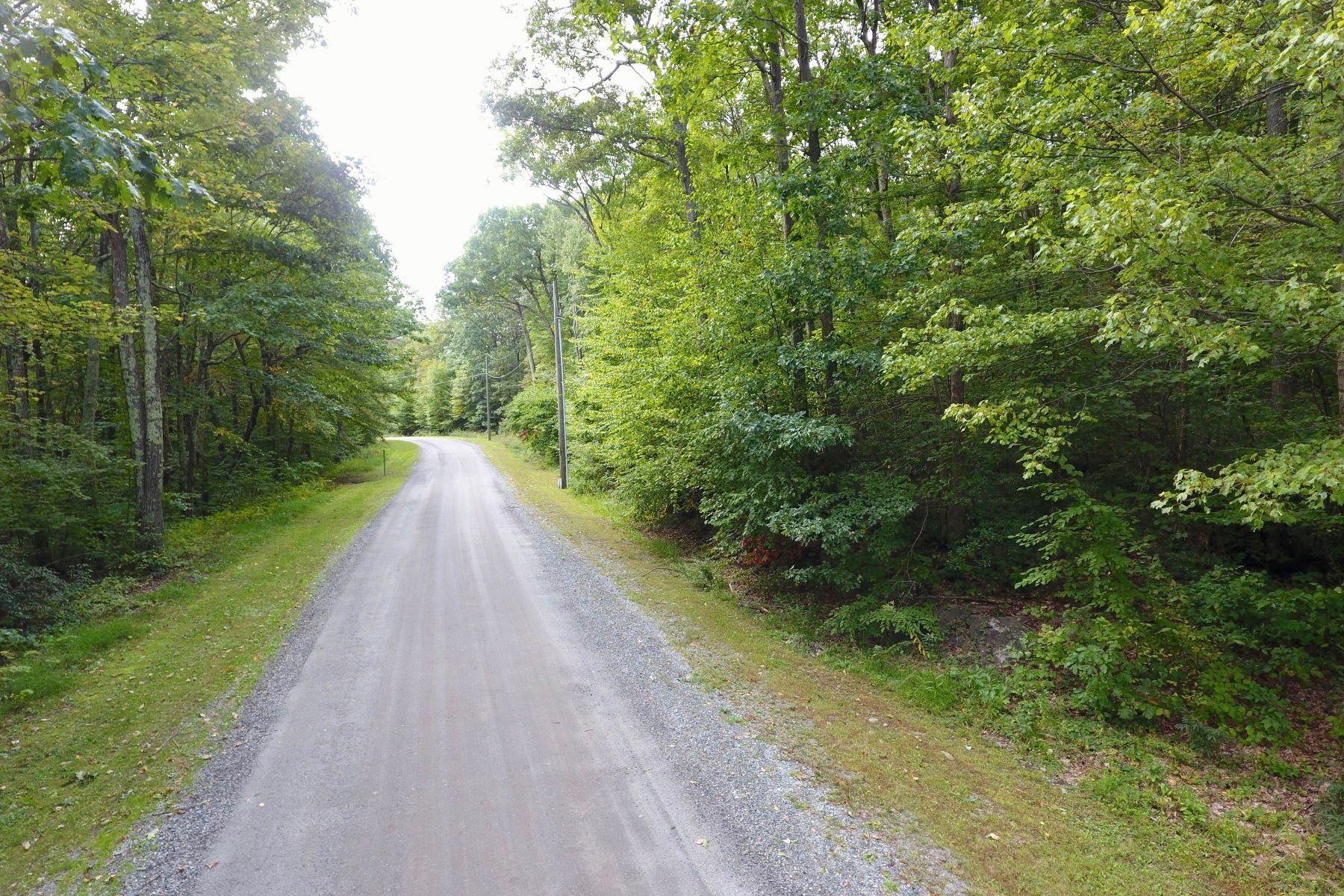 Land voor Verkoop op Prime corner lot 3 Gorham Road, Kent, Connecticut 06757 Verenigde Staten