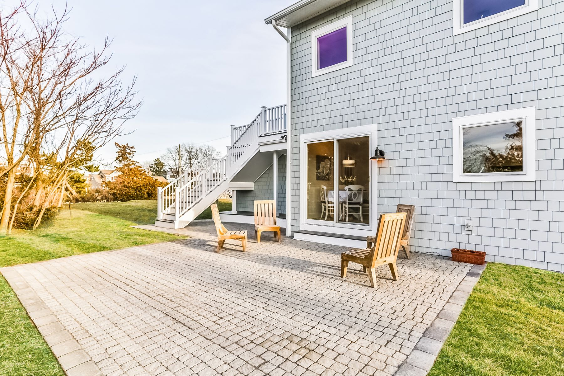 Additional photo for property listing at Sparkling Water Views 4-A Marsh Court Westport, Connecticut 06880 États-Unis