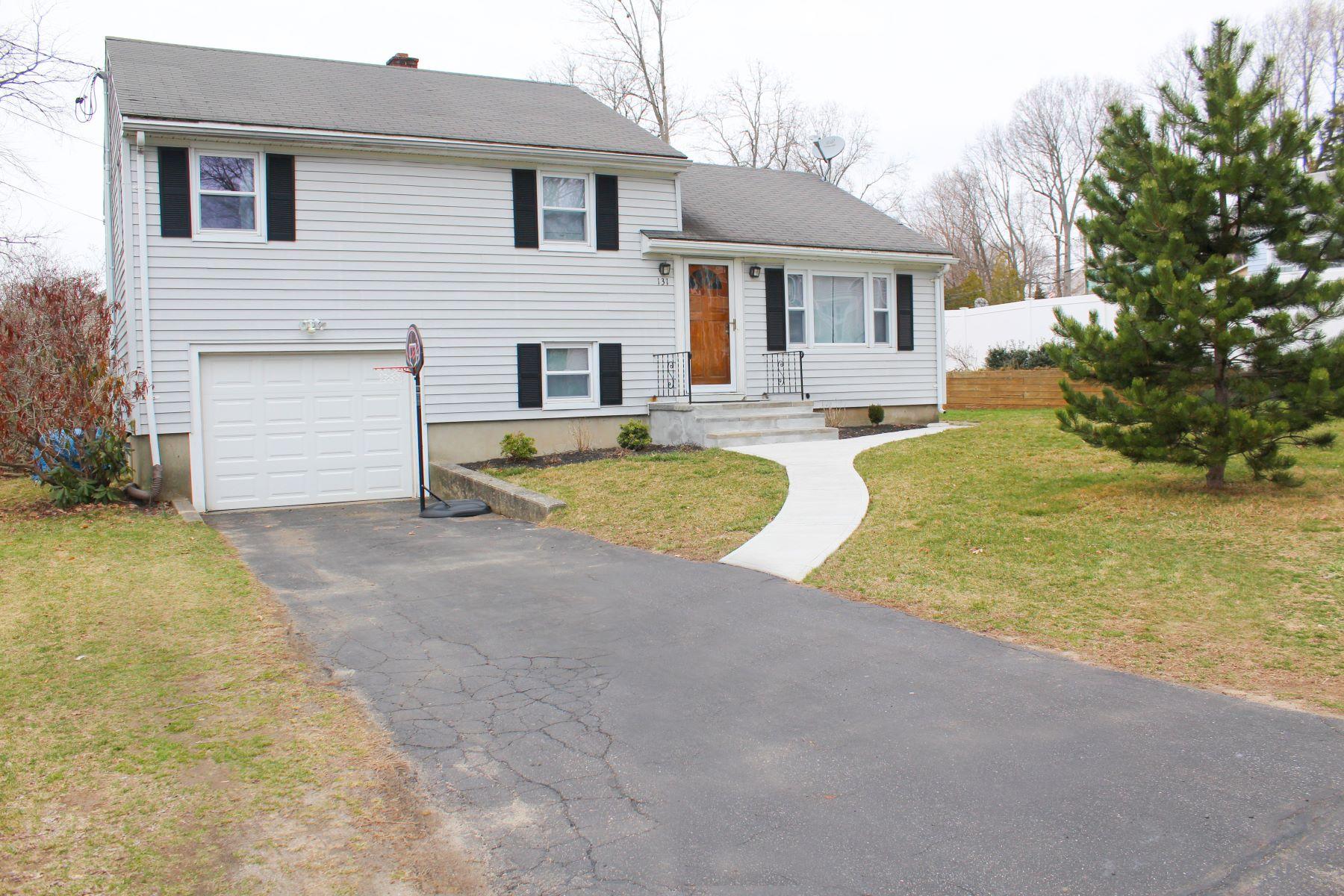 Single Family Homes 为 销售 在 131 Bryan Hill Road 131 Bryan Hill Rd, 米尔福德, 康涅狄格州 06460 美国