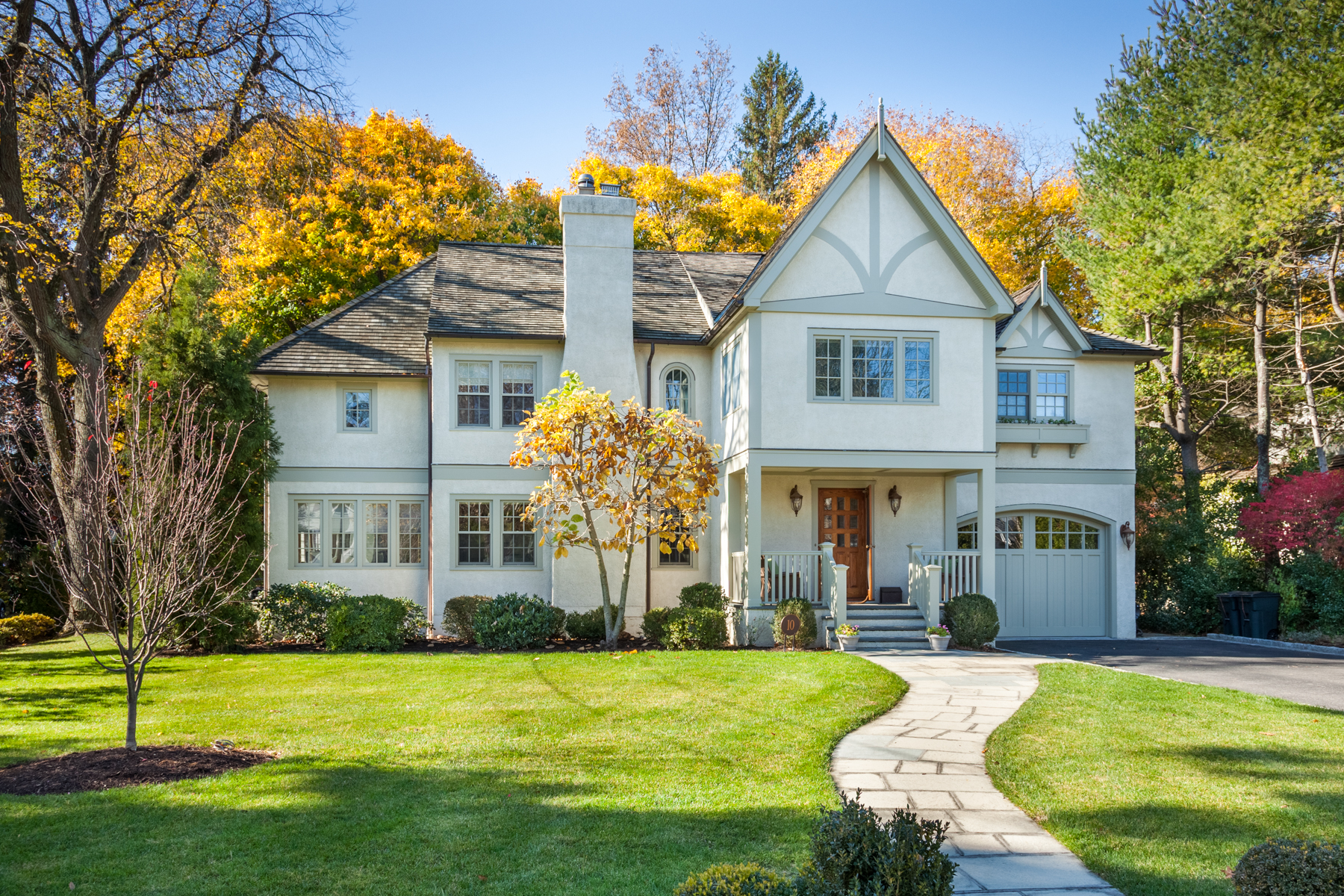 Single Family Home for Sale at Stunning Curb Appeal 10 Lee Place Bronxville, New York 10708 United States