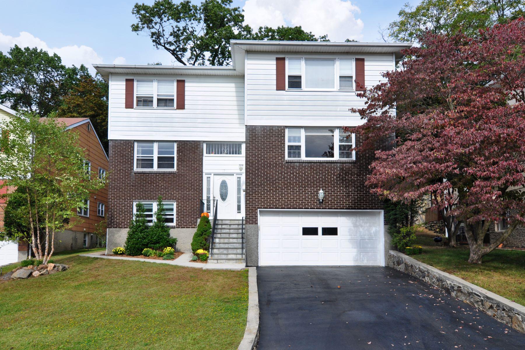 Casa Unifamiliar por un Alquiler en 17 Ridge Road Dobbs Ferry, Nueva York, 10522 Estados Unidos