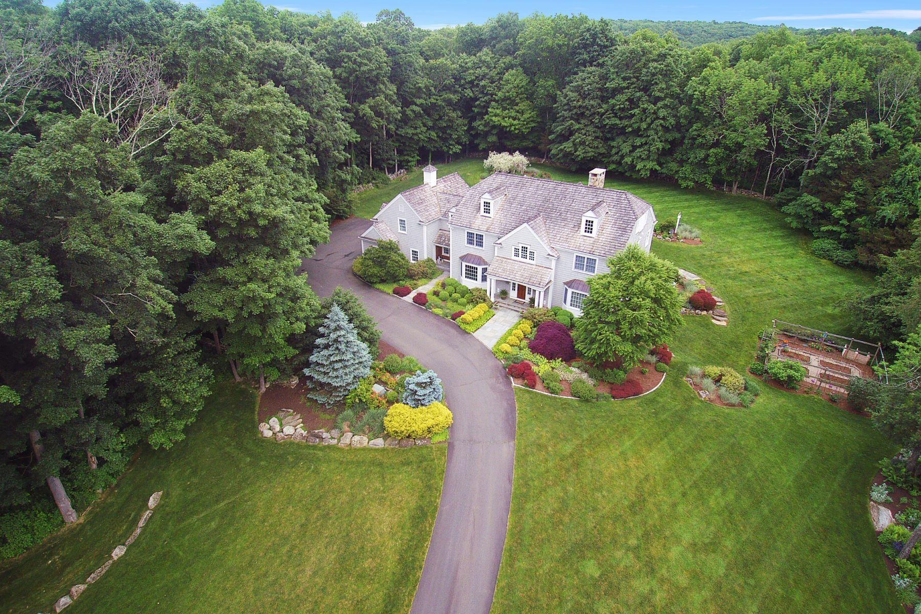 Single Family Homes للـ Sale في Distinctive Country Estate 24/26 Diamond Hill Rd, Redding, Connecticut 06896 United States