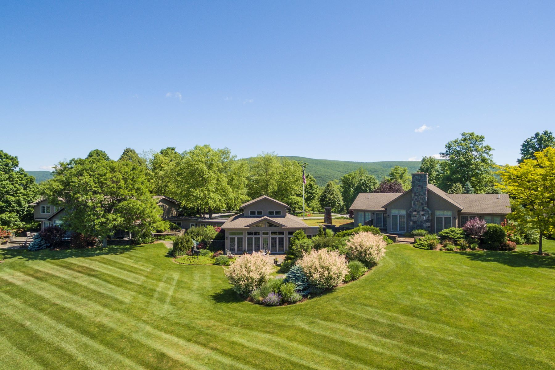 Single Family Home for Sale at Live your dream in this stunning 11.7 acre country estate with indoor pool and t 465 Stratton Rd Williamstown, Massachusetts 01267 United States