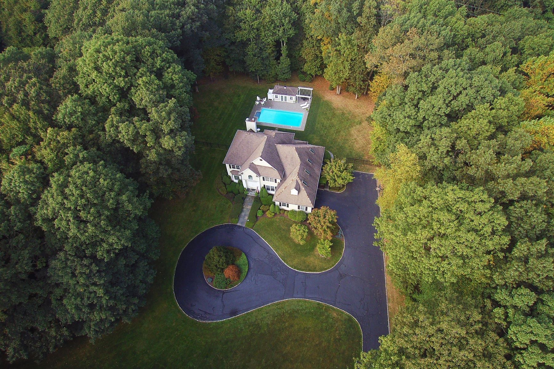 Single Family Homes for Active at Privately Set Colonial on 3 Acres 6 Windy Hill Rd Redding, Connecticut 06896 United States